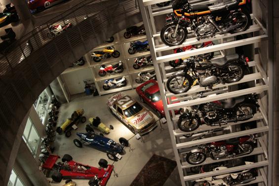 Barber Vintage Motorsports : File:Barber Vintage Motorsports Museum 2010.jpg - Wikimedia Commons