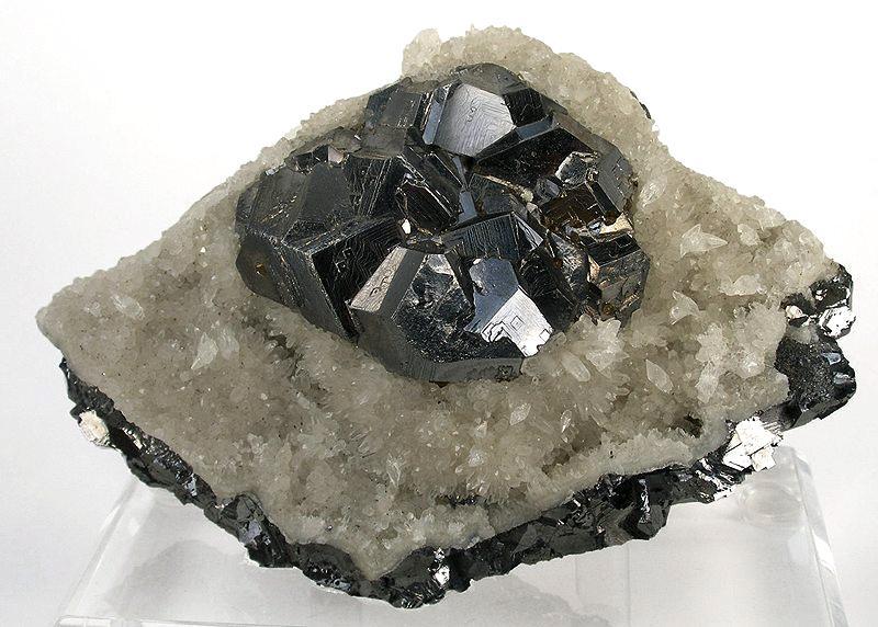 Calcite-Galena-Quartz-rom14a
