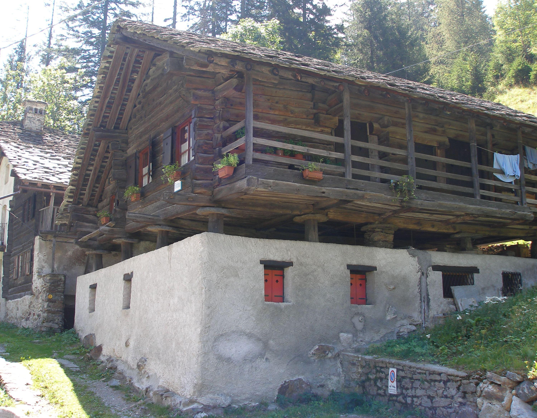 File casa walser valle del lys jpg - Casas montornes del valles ...