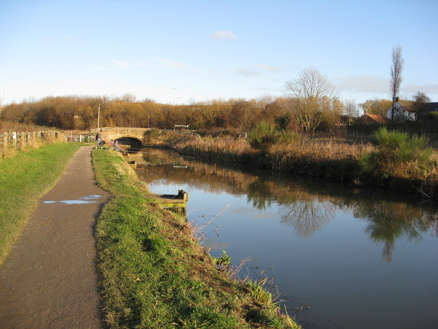 Chesterfield Canal - Mill Green (Staveley) - geograph.org.uk - 1058976