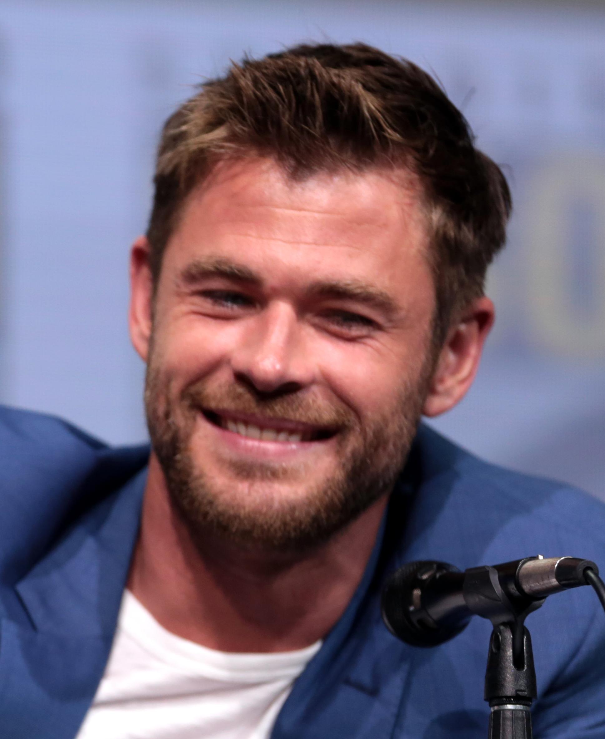 Chris Hemsworth Wiki -...