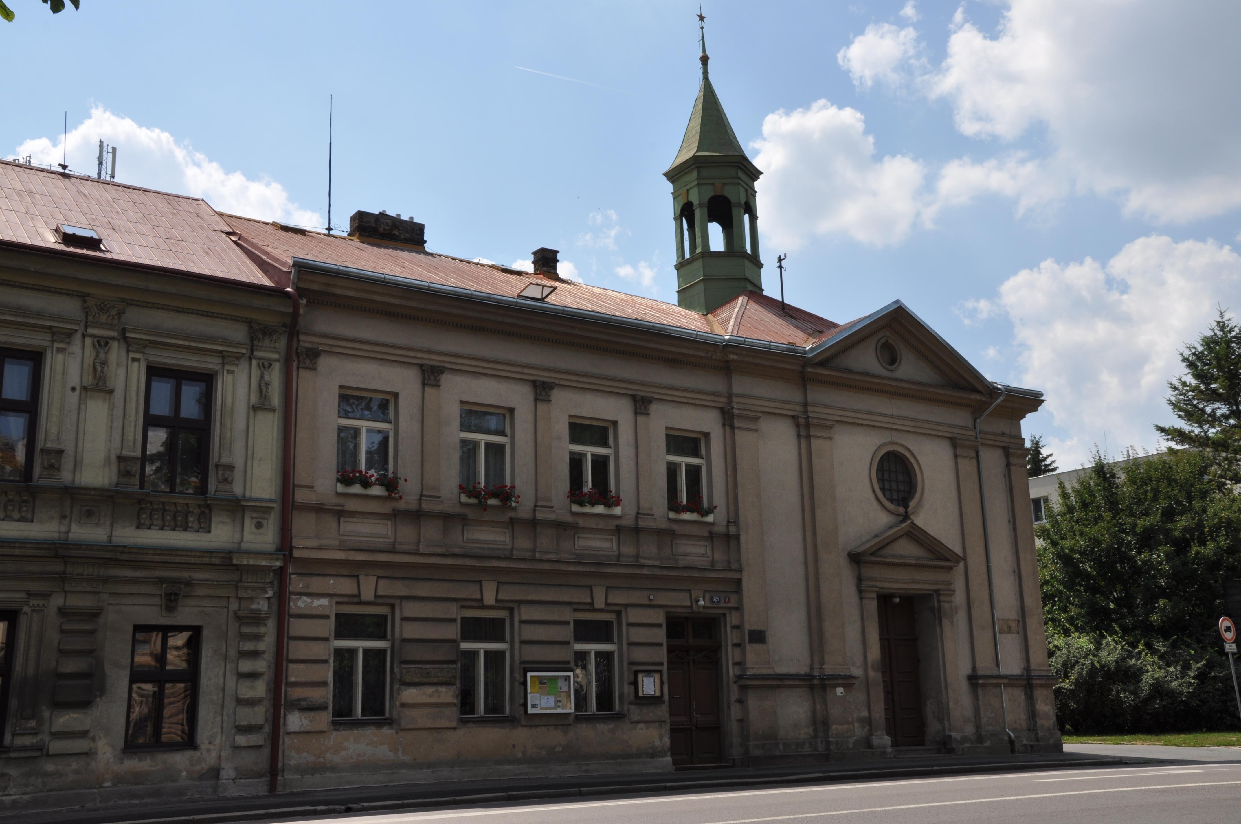 File:Chrudim-evang-kostel2013.jpg - Wikimedia Commons