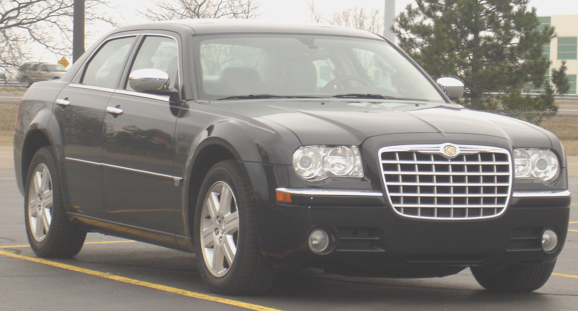 File Chrysler 300 2004 Jpg Wikimedia Commons