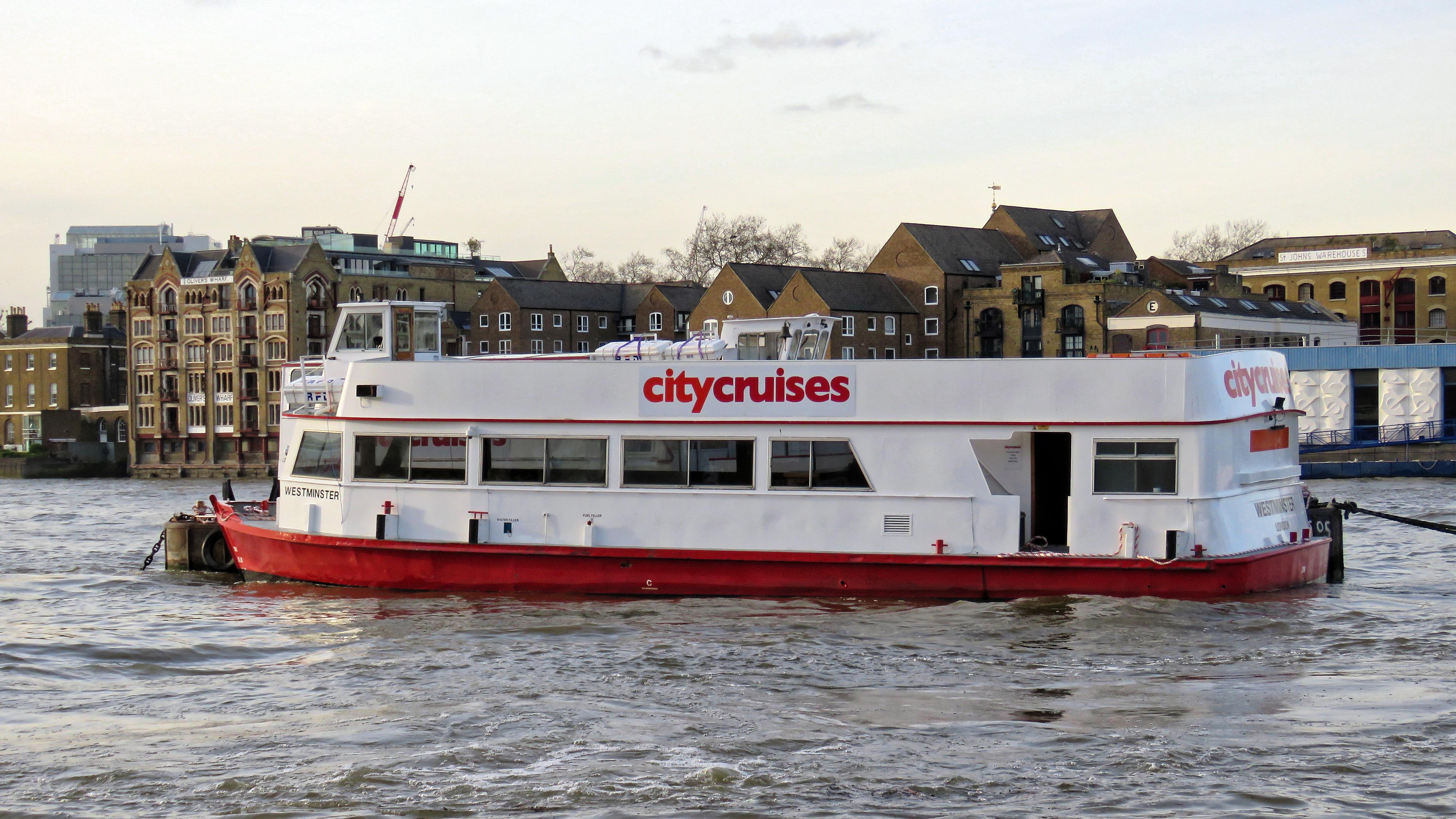 City Cruises 'MV Westminster' on the River Thames, London 01.jpg