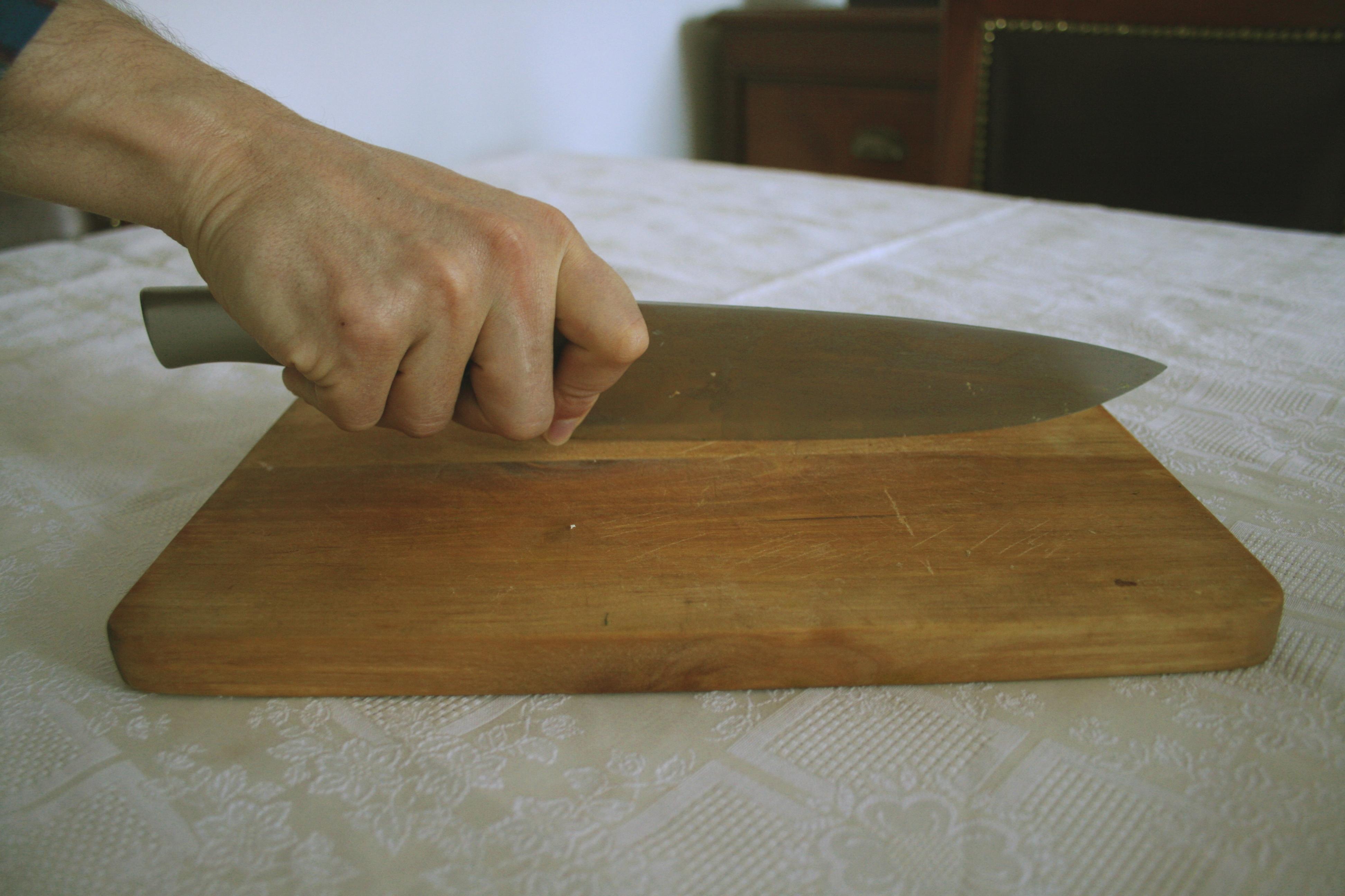 File cuchillo de cocina agarre jpg wikimedia commons for Cuchillos de cocina