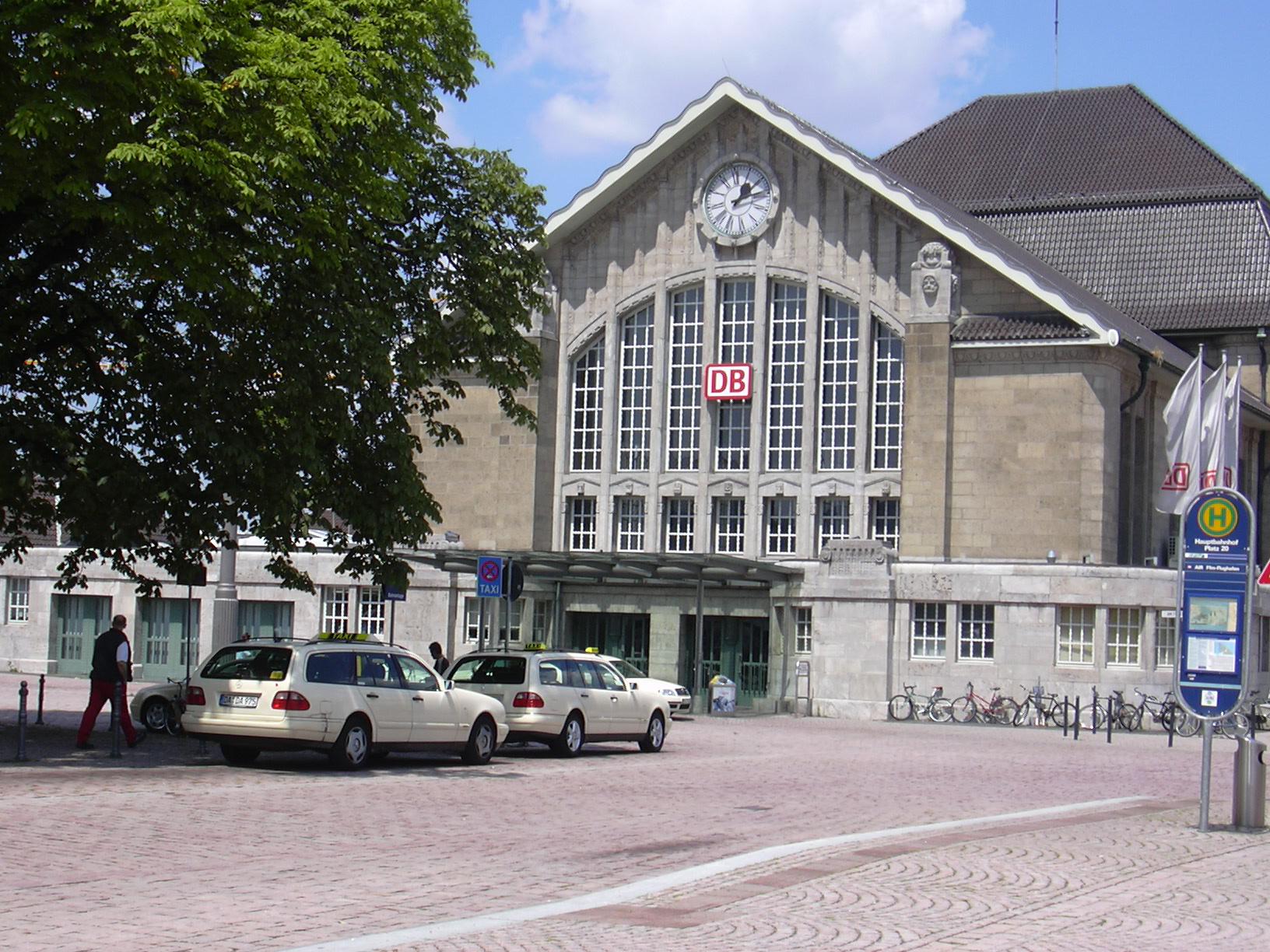 FileDarmstadt Hauptbahnhofjpg Wikimedia Commons