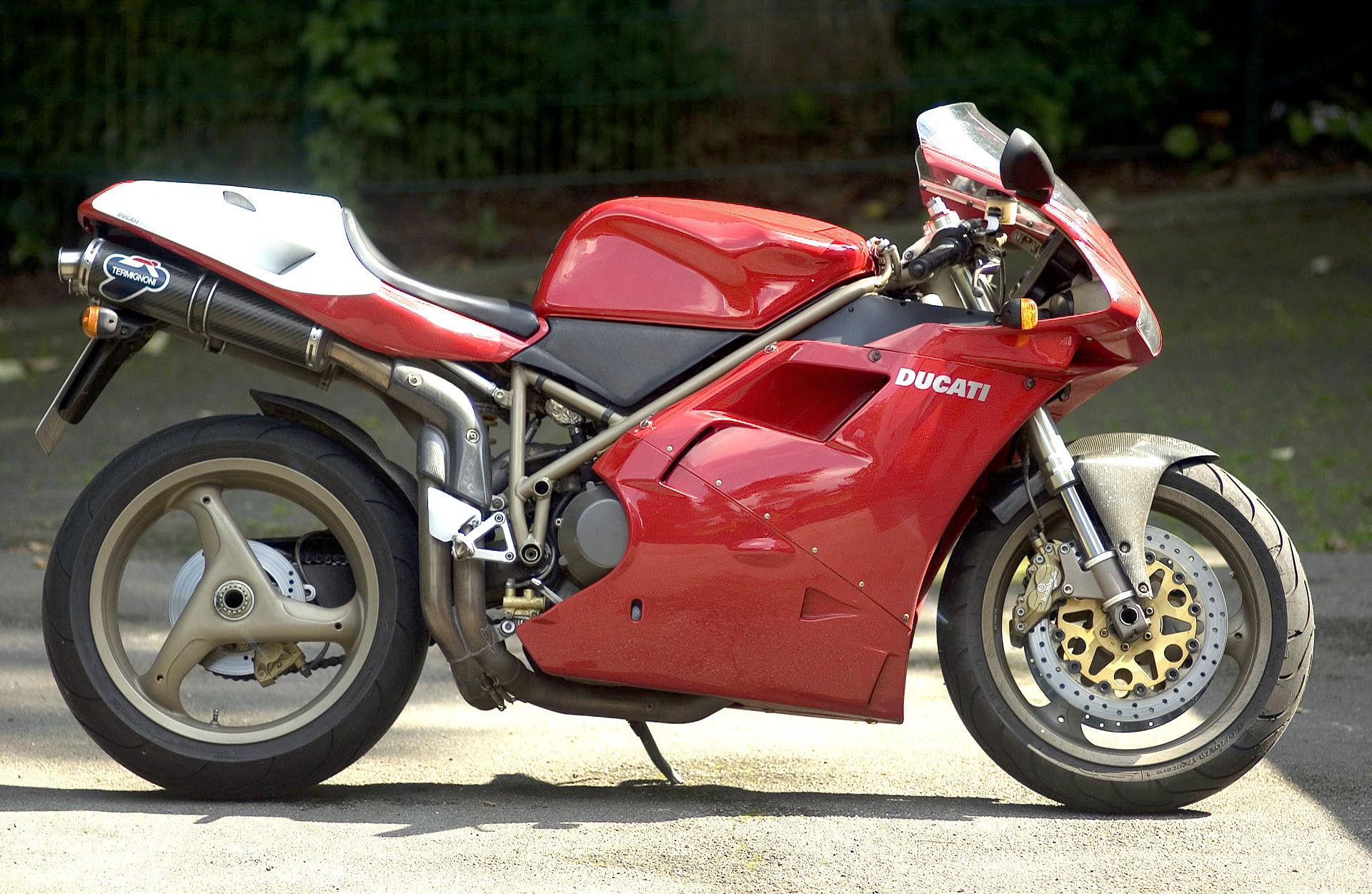 Ducati  Paso Parts List