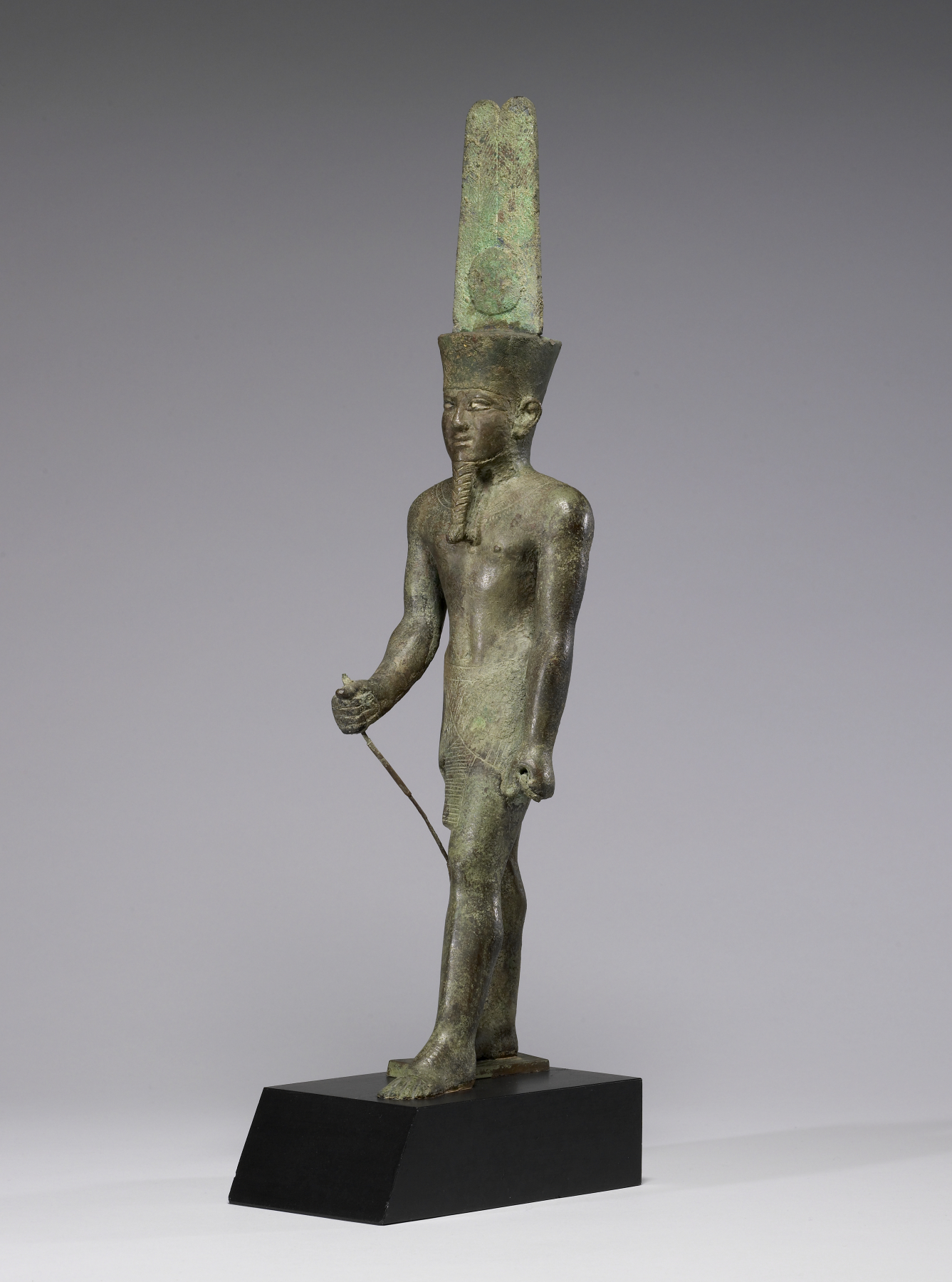 File:Egyptian - Statue of Amun-Re - Walters 54413 - Three