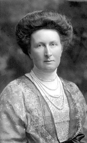 Elizabeth Alexandrine of Mecklenburg-Schwerin.jpg