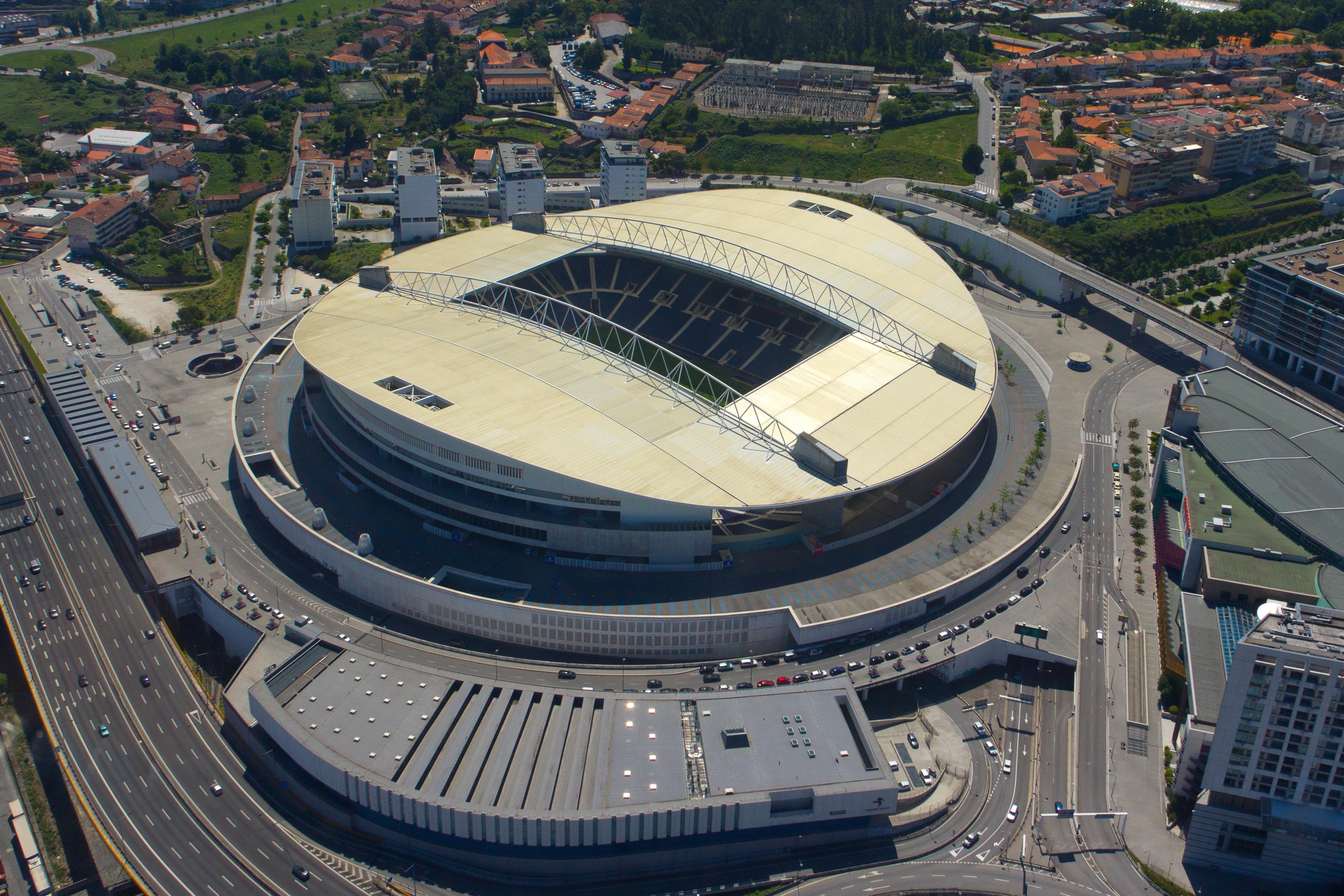 Znalezione obrazy dla zapytania Estadio do Dragao