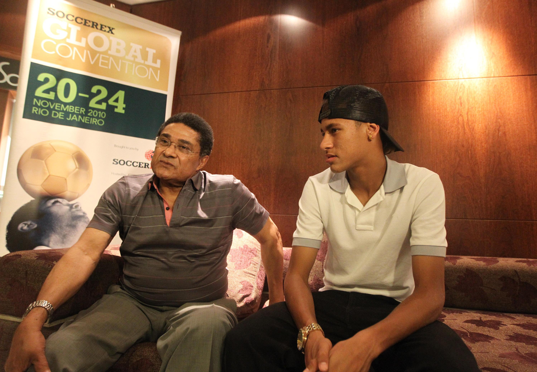 File Eusébio and Neymar Interview Wikimedia mons