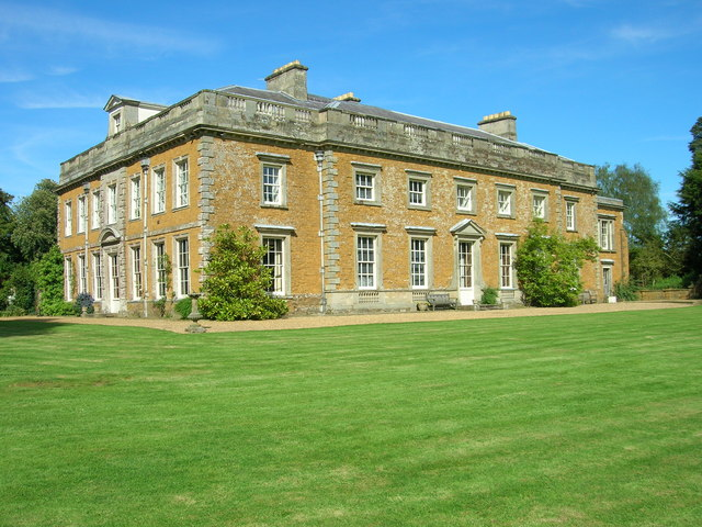 Farnborough Hall - geograph.org.uk - 1303815