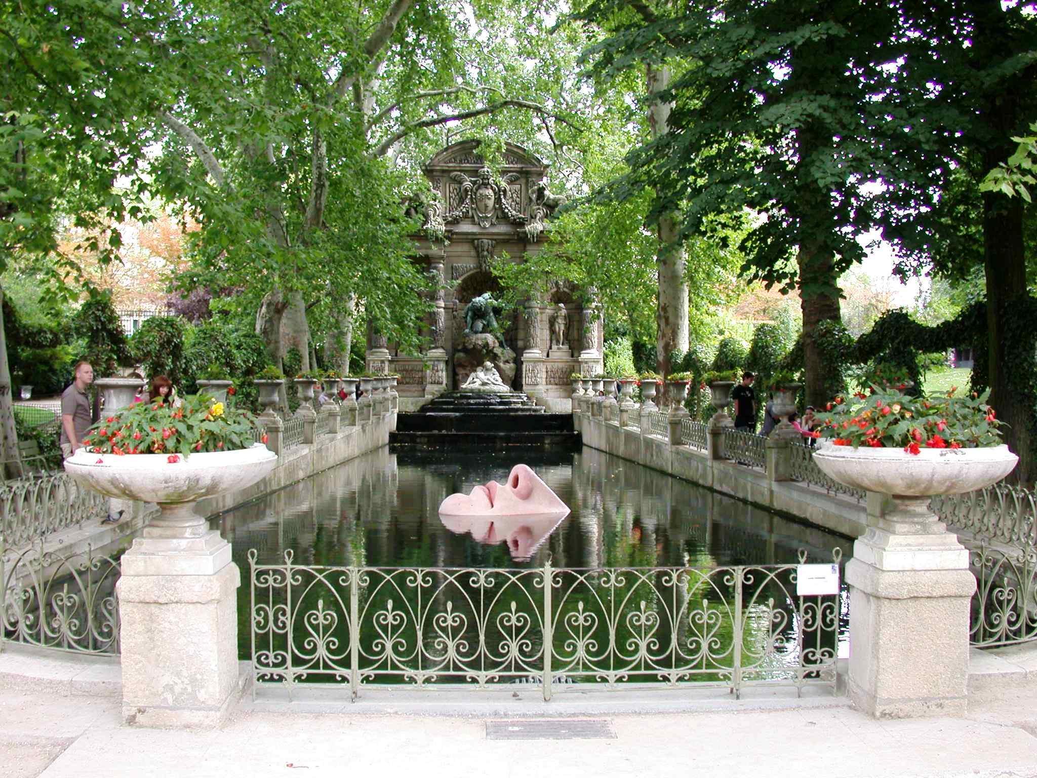 File Fontaine Medicis Jardin Du Luxembourg Paris France Jpg