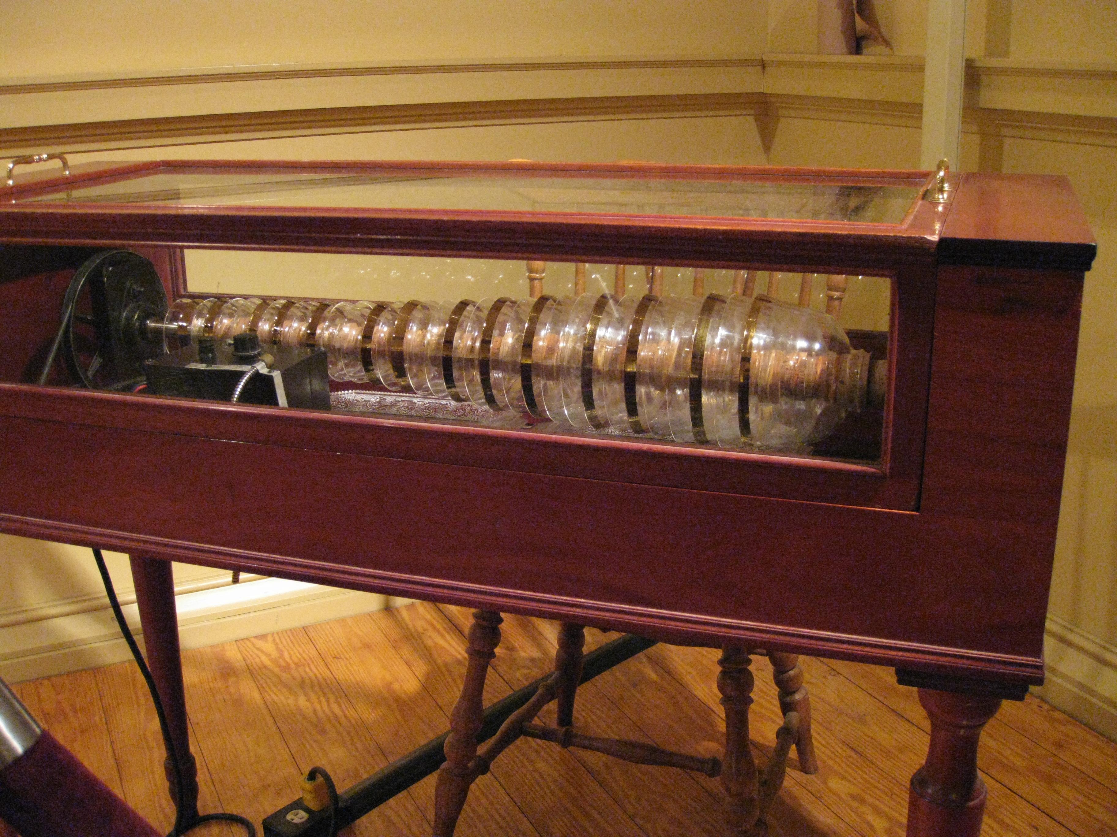 Philadelphia's new Benjamin Franklin Museum is an electric ...