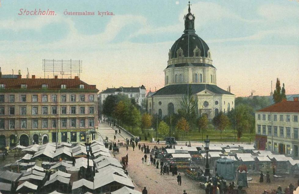 Hedvig Eleonora kyrka vykort ca 1900.jpg