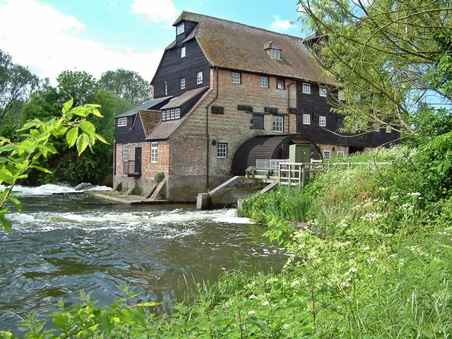 Houghton Mill - geograph.org.uk - 1058170
