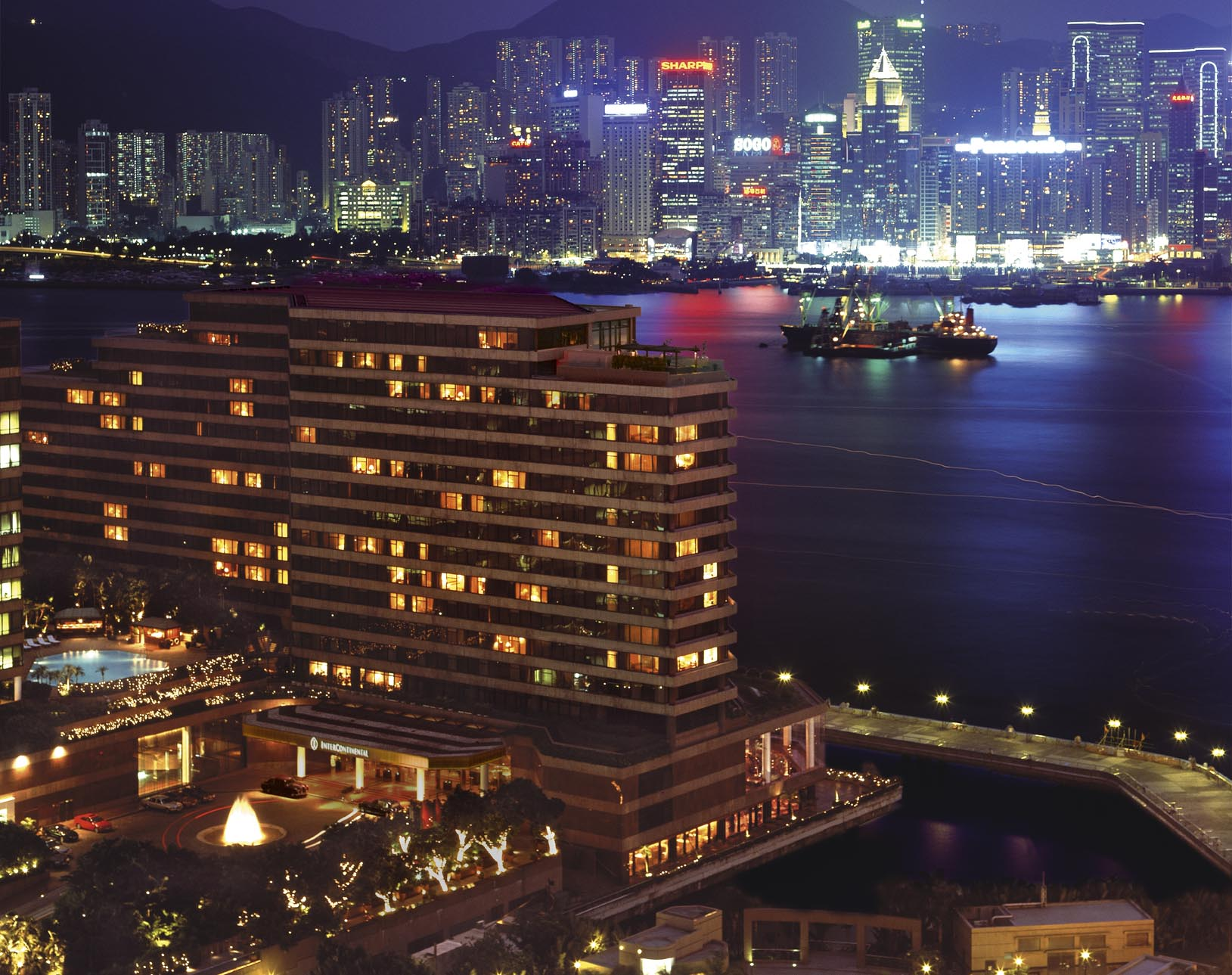 InterContinental_Hong_Kong_Exterior_%28N