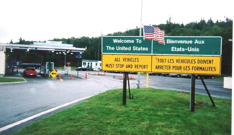 ArmstrongJackman Border Crossing Wikipedia - Us canada border crossings map