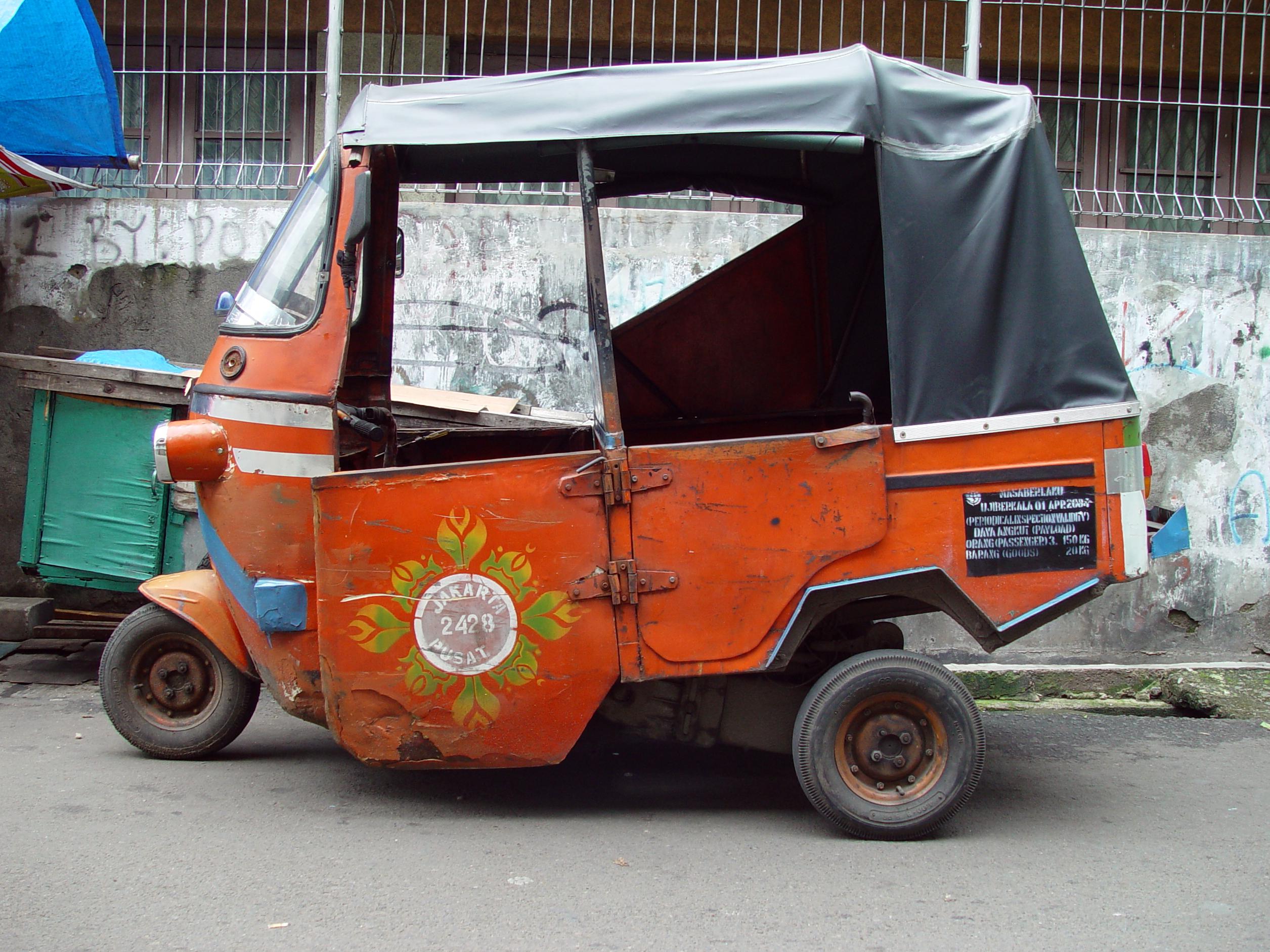 Description Jakarta bajaj.jpg