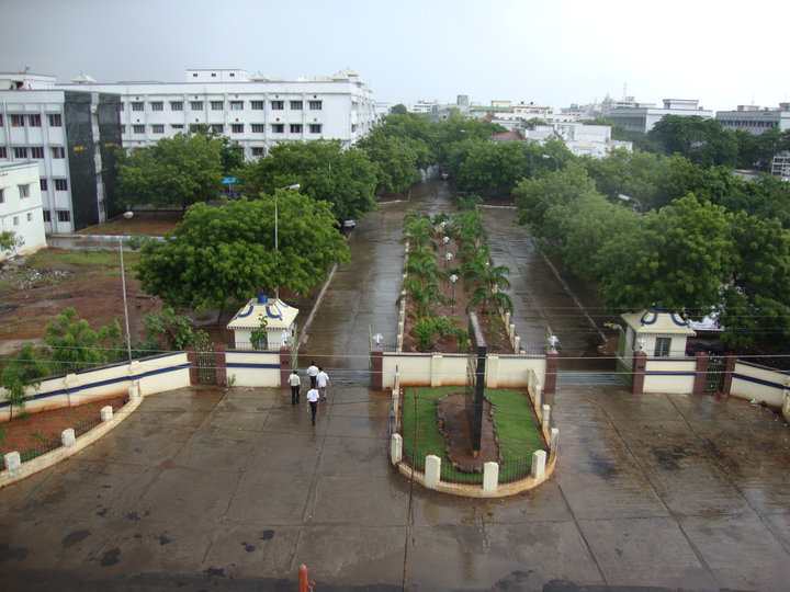 K.A.P.Viswanatham Government Medical College