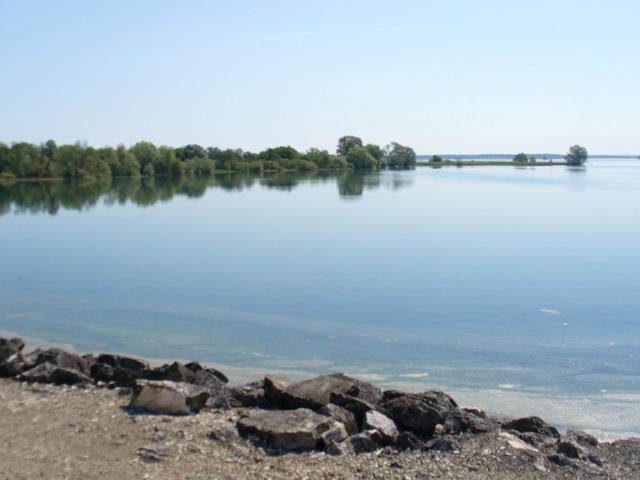 Lake Der Chantecoq