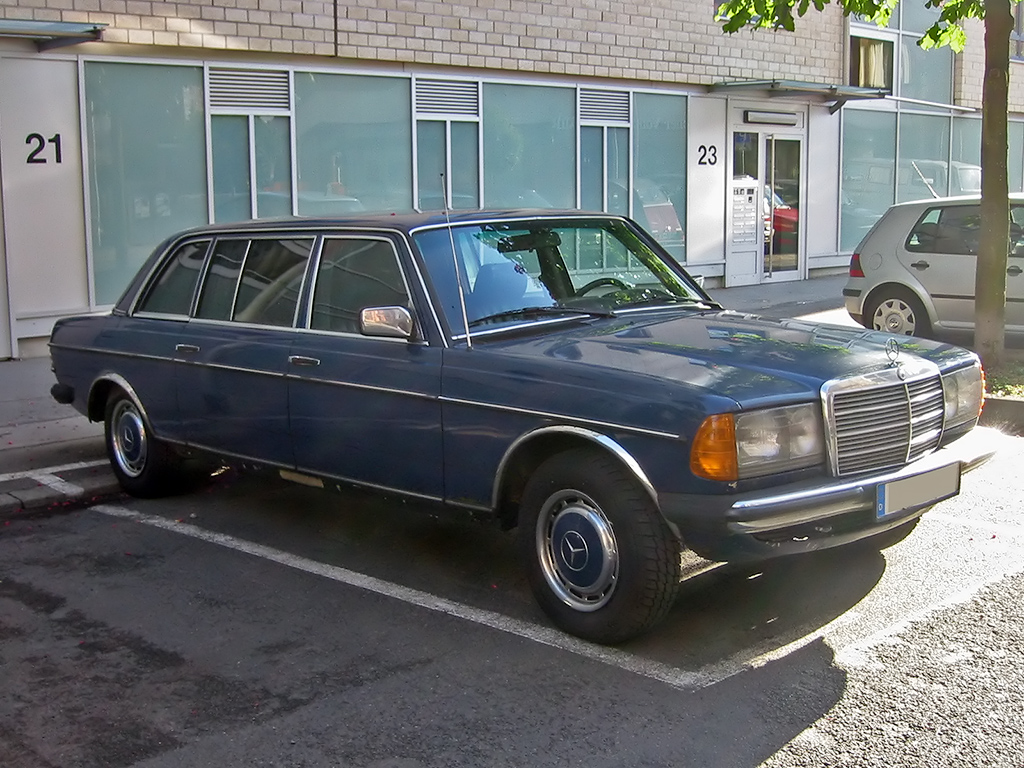 File Mercedes W123 4 V Sst Jpg Wikimedia Commons