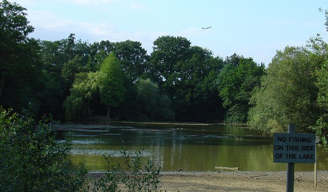 Milton Mount Lake, Pound Hill, Crawley, West Sussex - geograph.org.uk - 24845