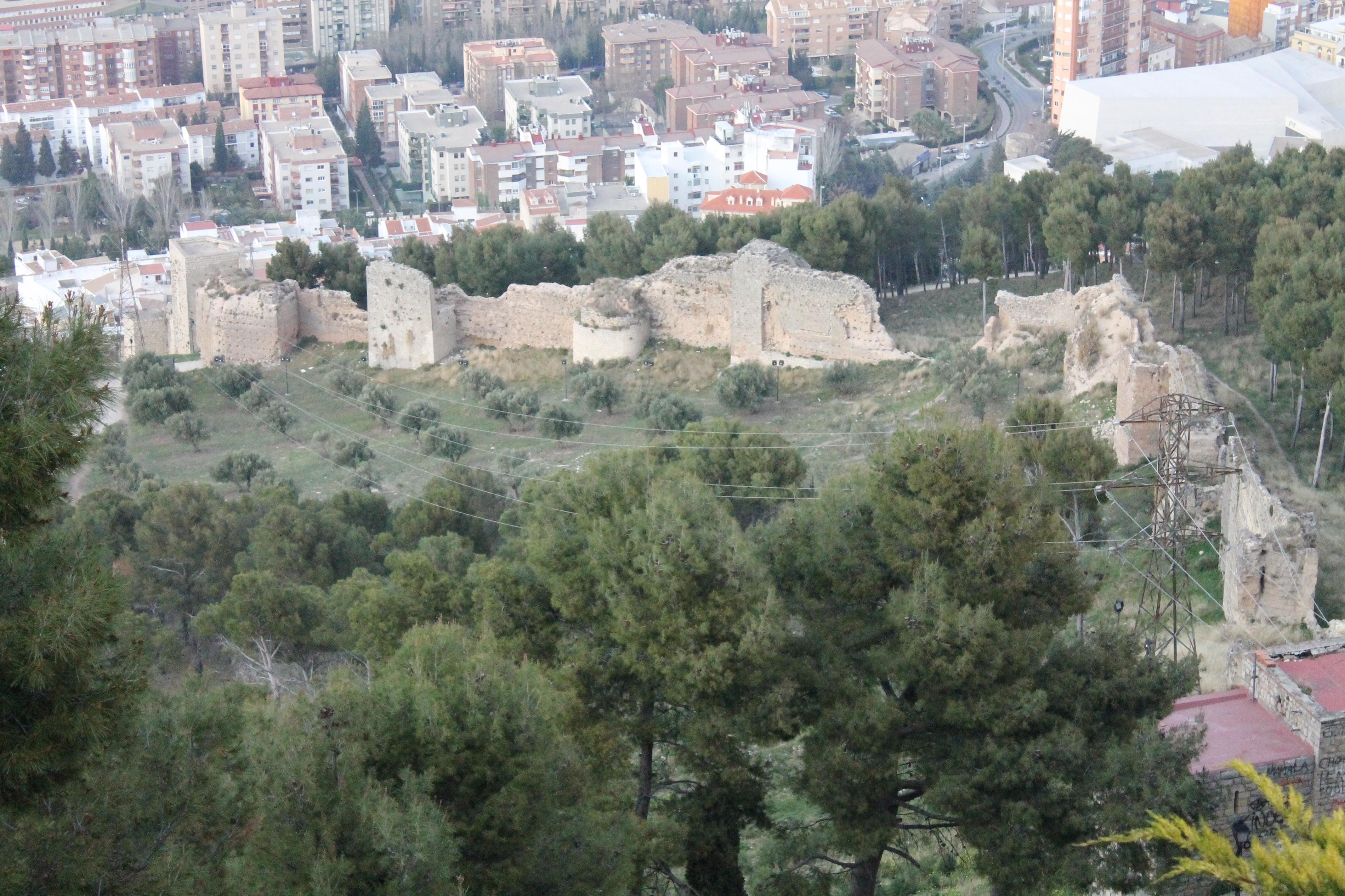 Murallas de Jaén - Wikipedia, la enciclopedia libre
