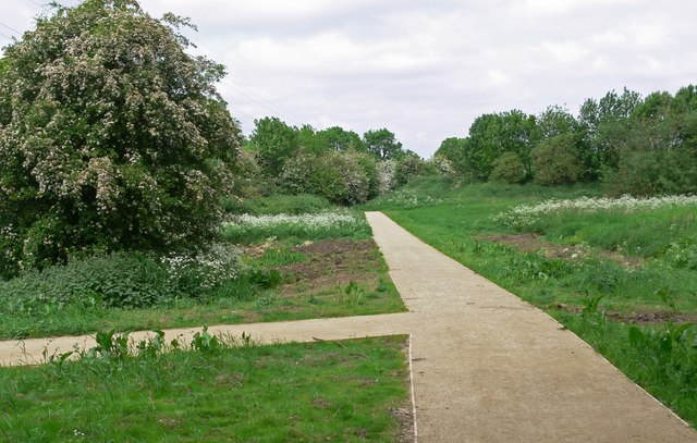 New pathways on the Aylestone Meadows - geograph.org.uk - 815368