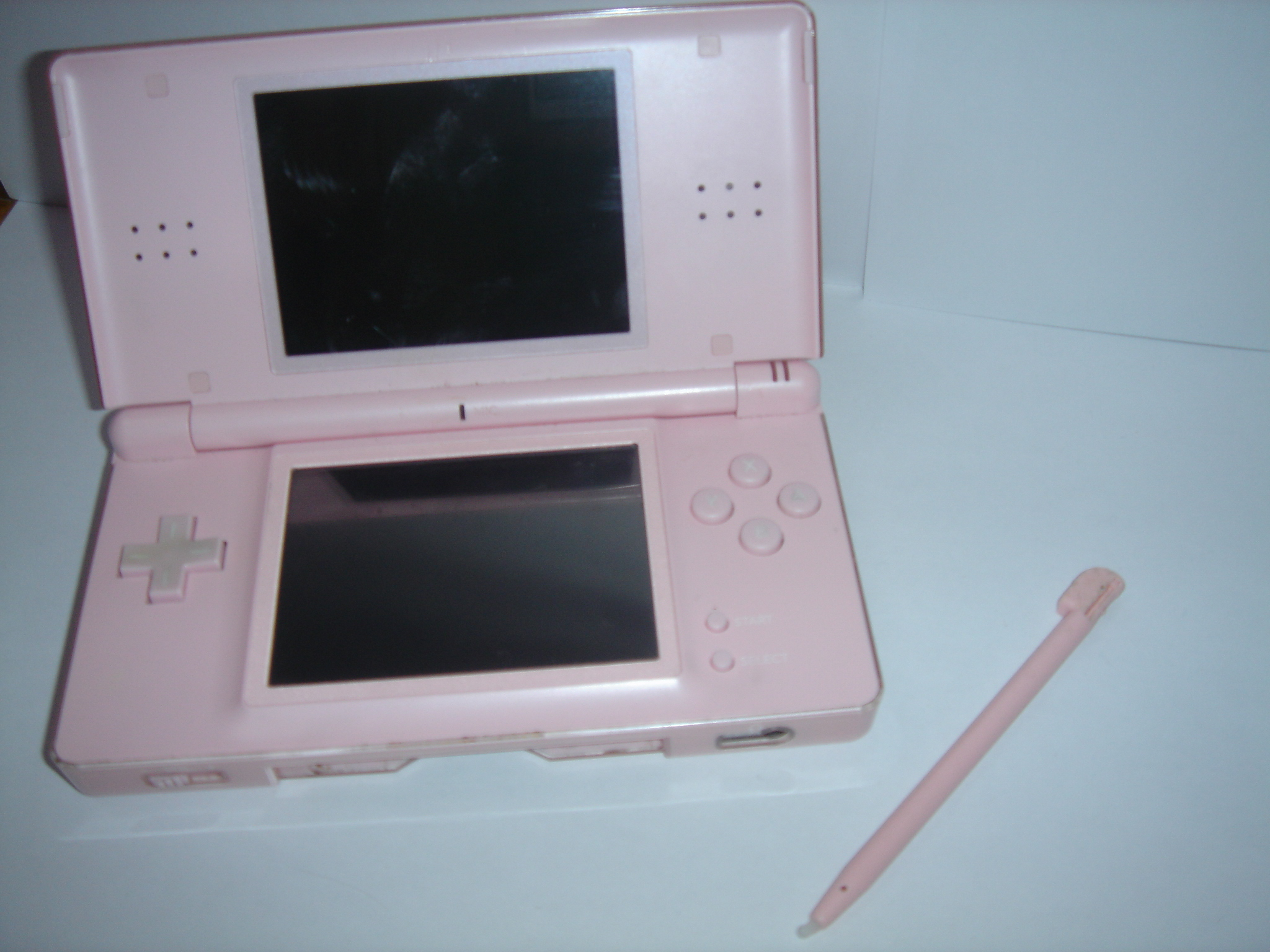 file nintendo ds rose jpg wikimedia commons. Black Bedroom Furniture Sets. Home Design Ideas