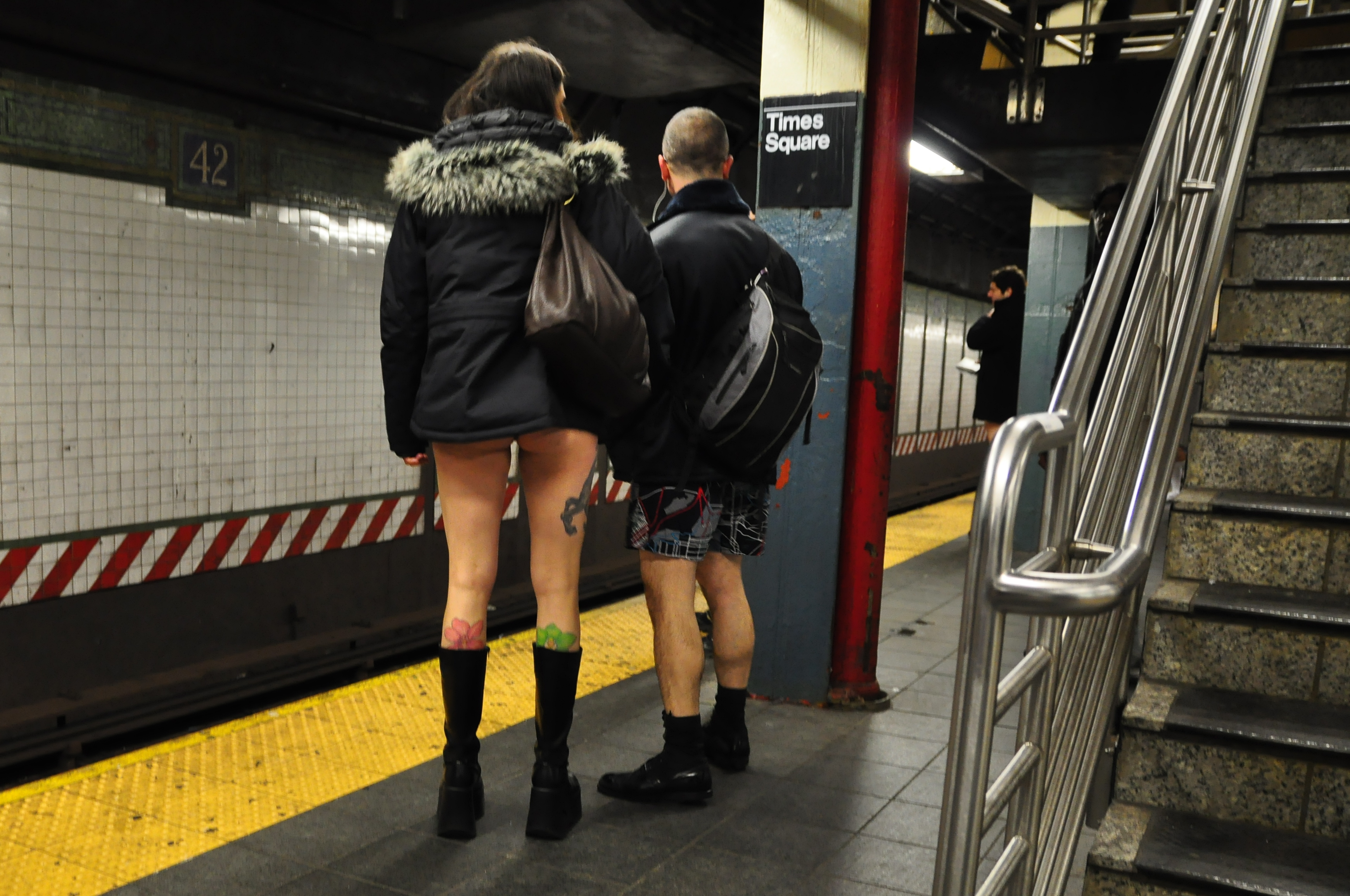 naked women on the subway