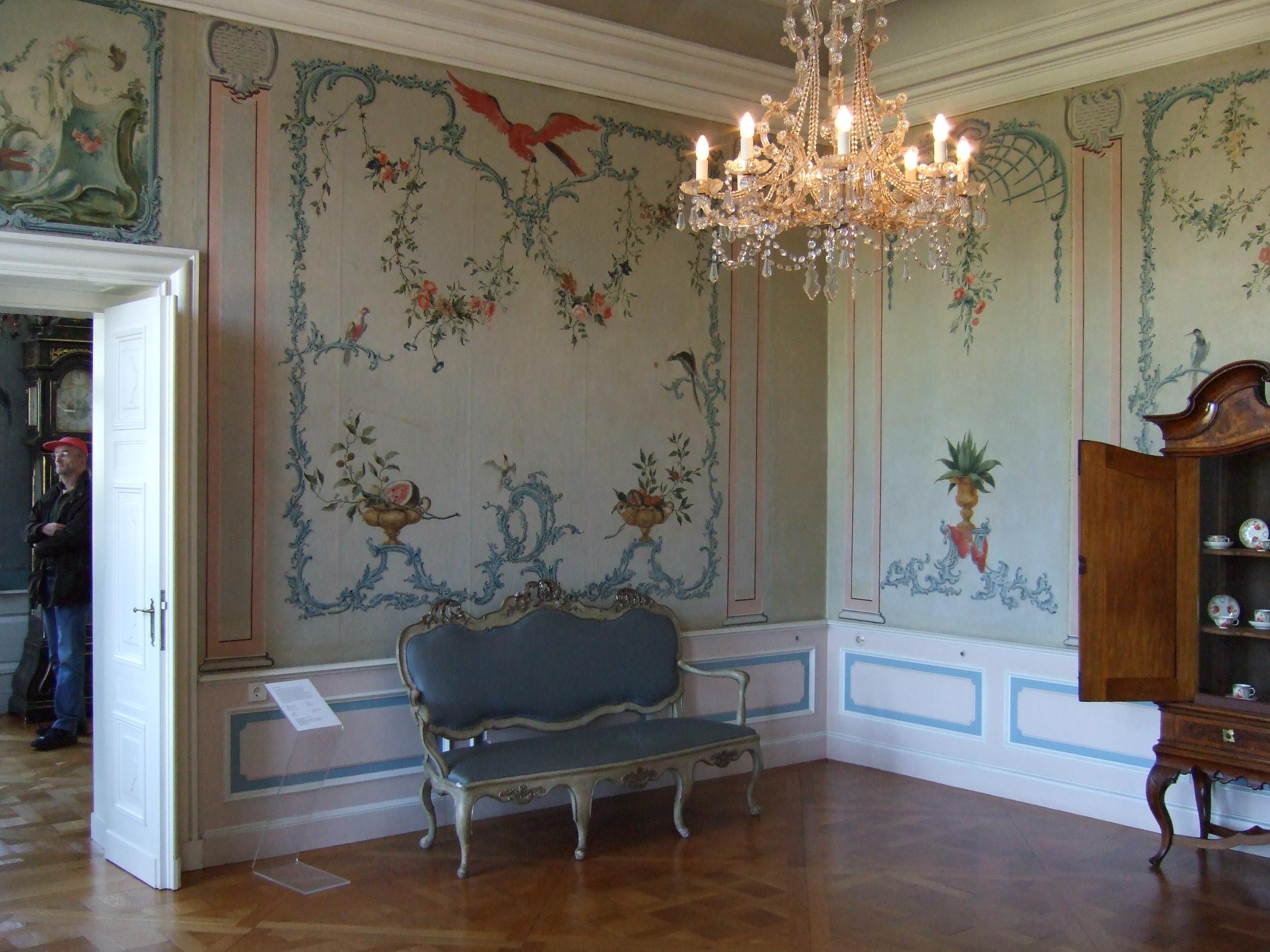 File:Rundgang 21 - Zimmer 3.jpg - Wikimedia Commons