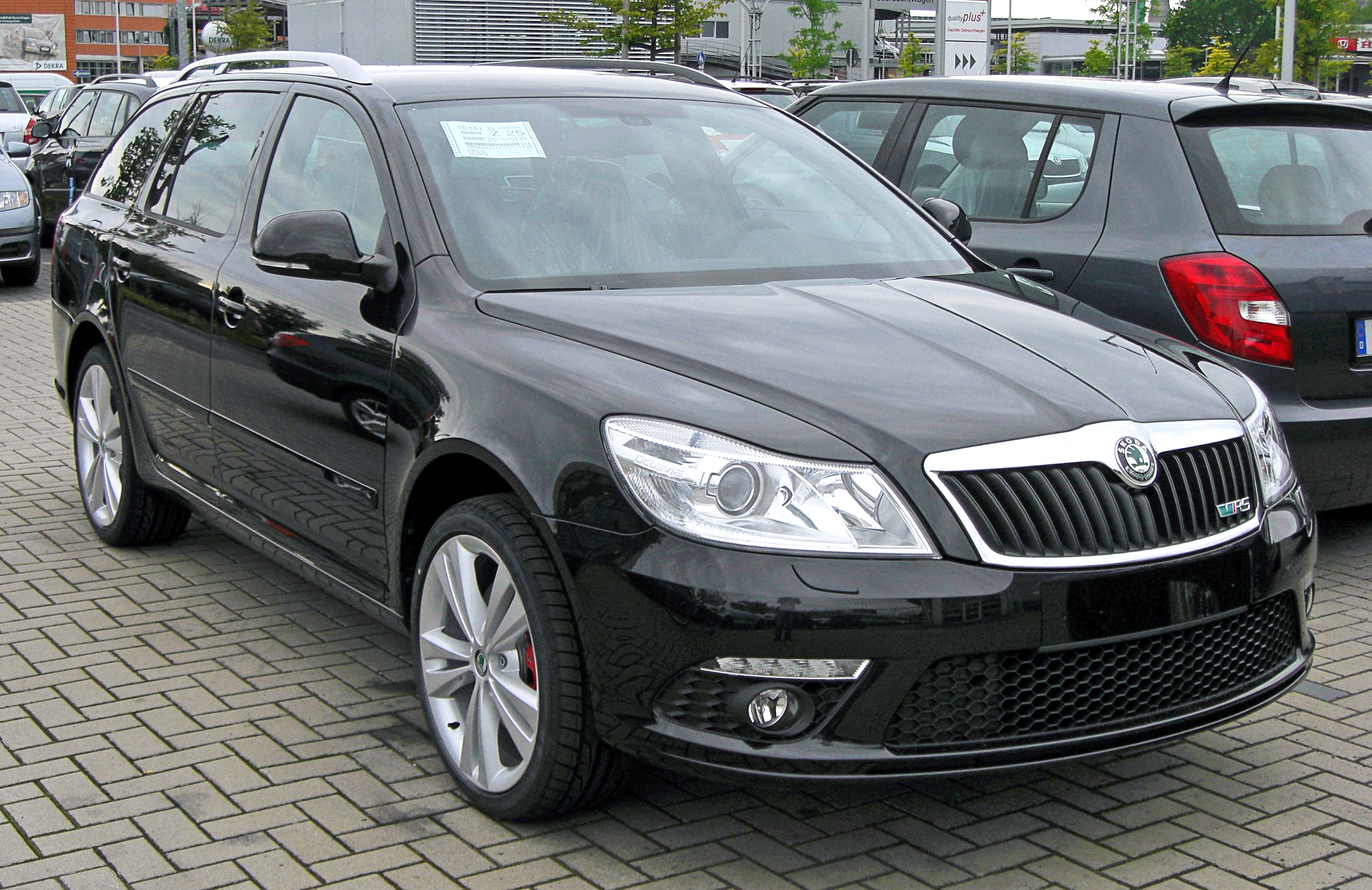 file skoda octavia ii combi facelift rs 20090620 front jpg wikimedia commons. Black Bedroom Furniture Sets. Home Design Ideas
