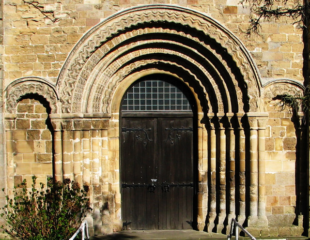 Priory Church of St Mary, Chepstow - Wikipedia