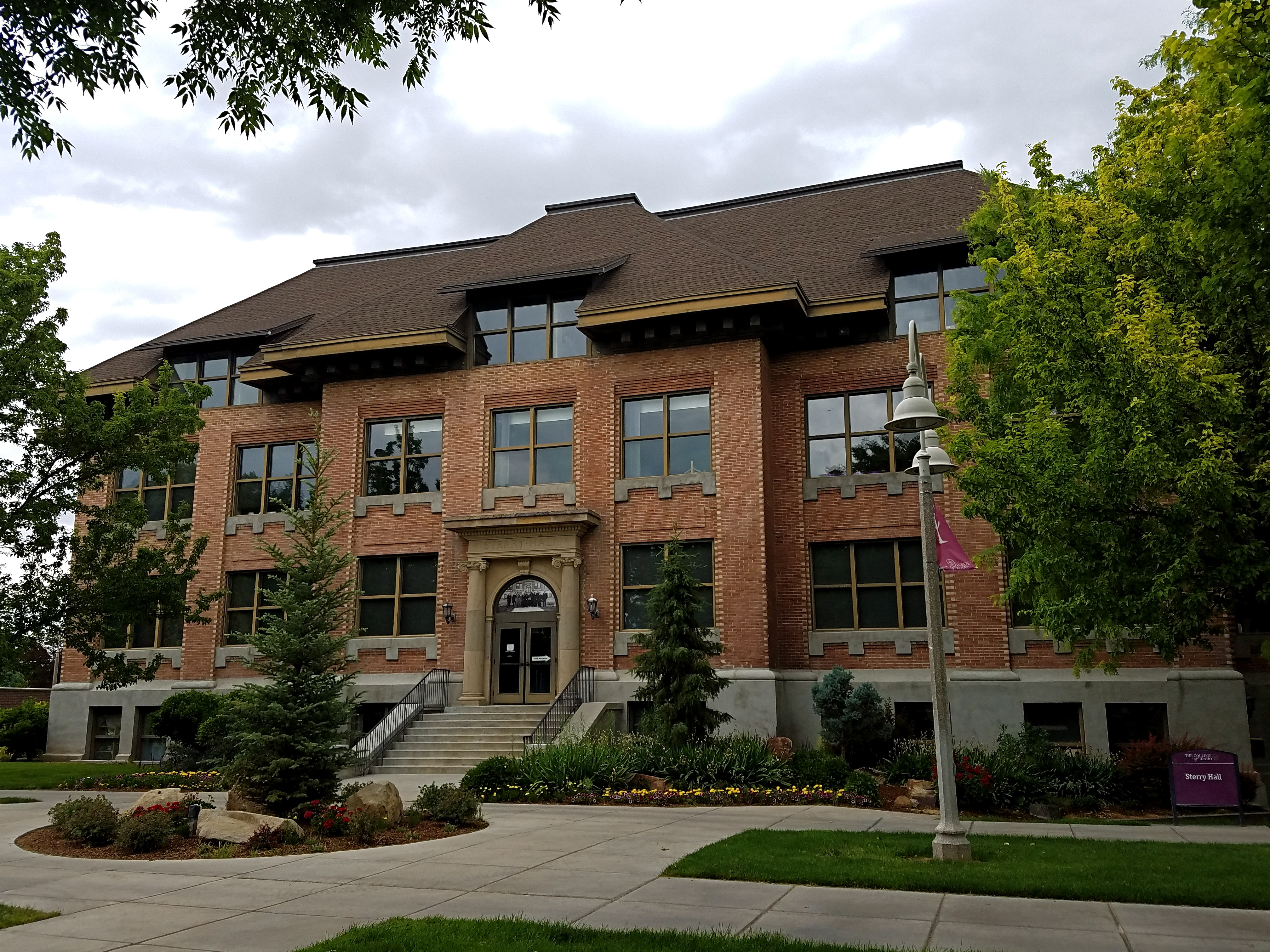 College Of Idaho >> Sterry Hall Wikipedia