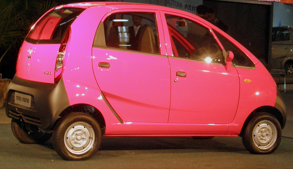 Full Car Pictures: February 2011