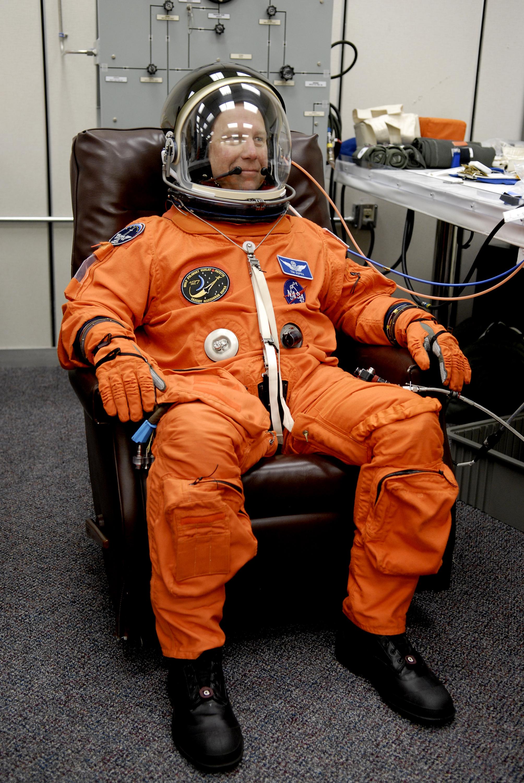 Nasa Orange Space Suit | www.pixshark.com - Images ...