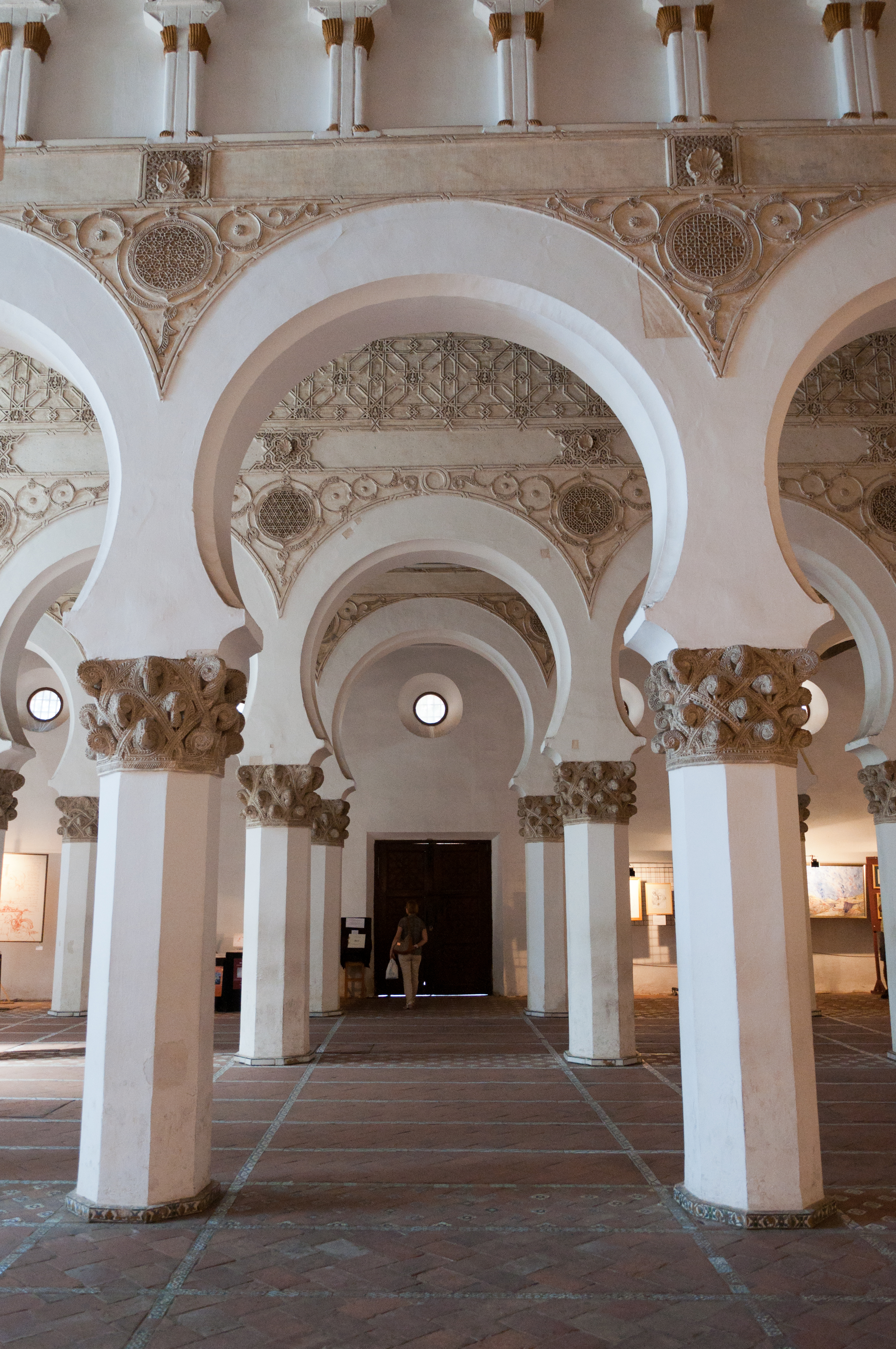 File:Toledo, Santa María la Blanca-2.jpg - Wikimedia Commons