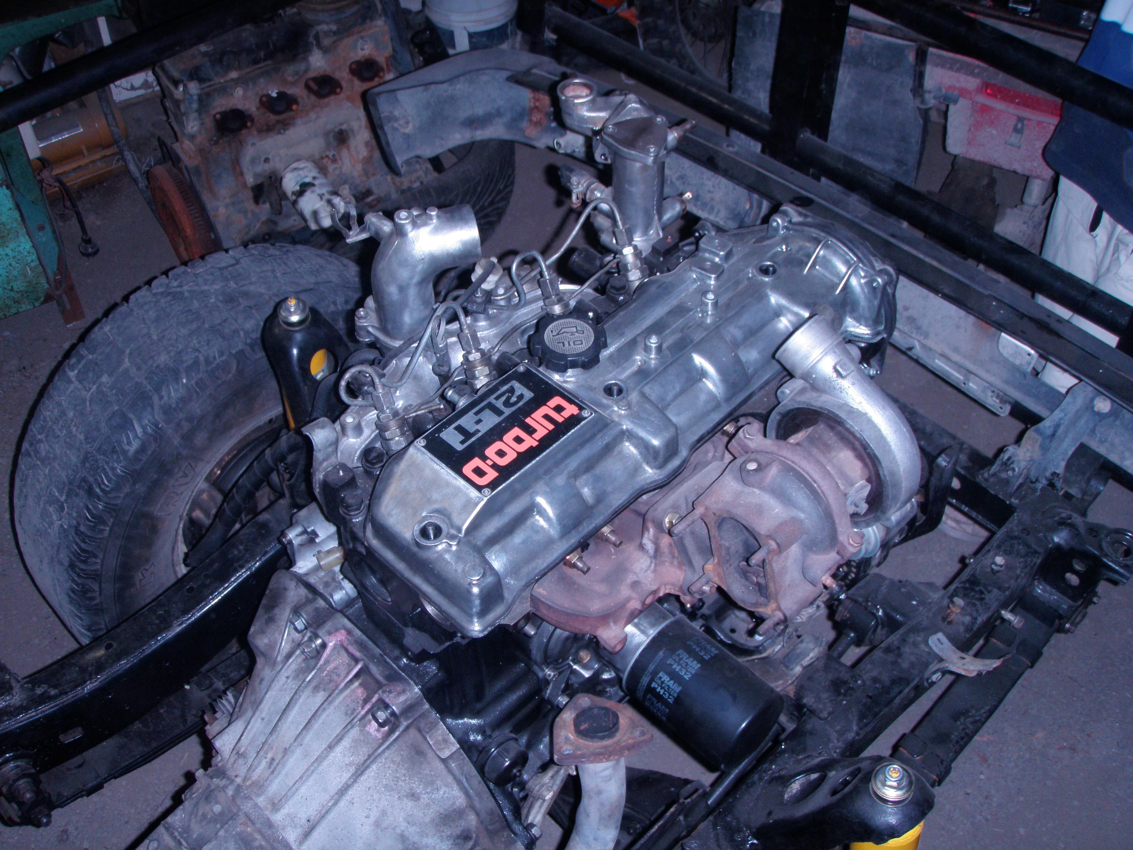 Toyota hilux Engine in Hilux Vs. Isuzu DMax