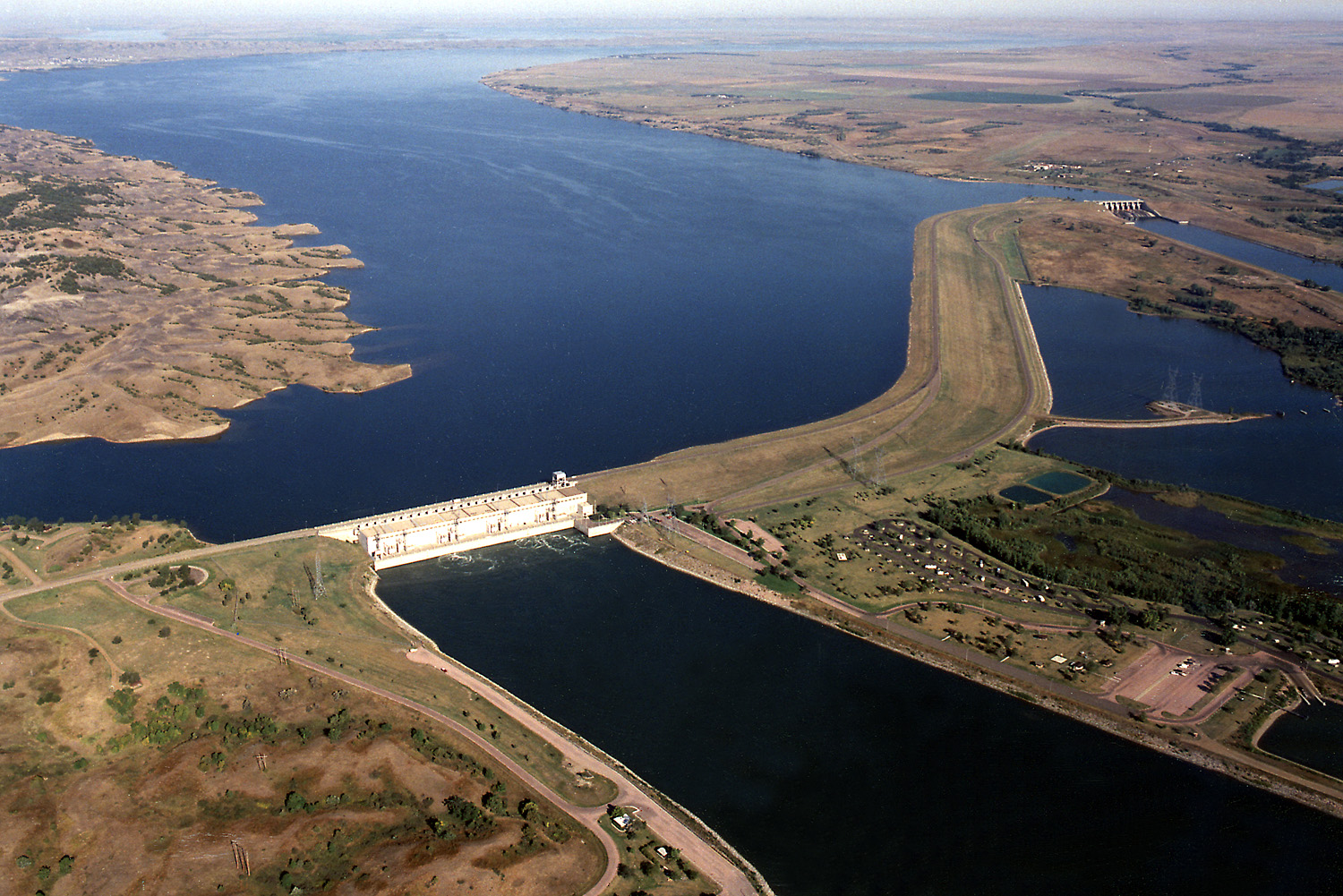 Pick sloan missouri basin program wiki everipedia for Lake thompson sd fishing report