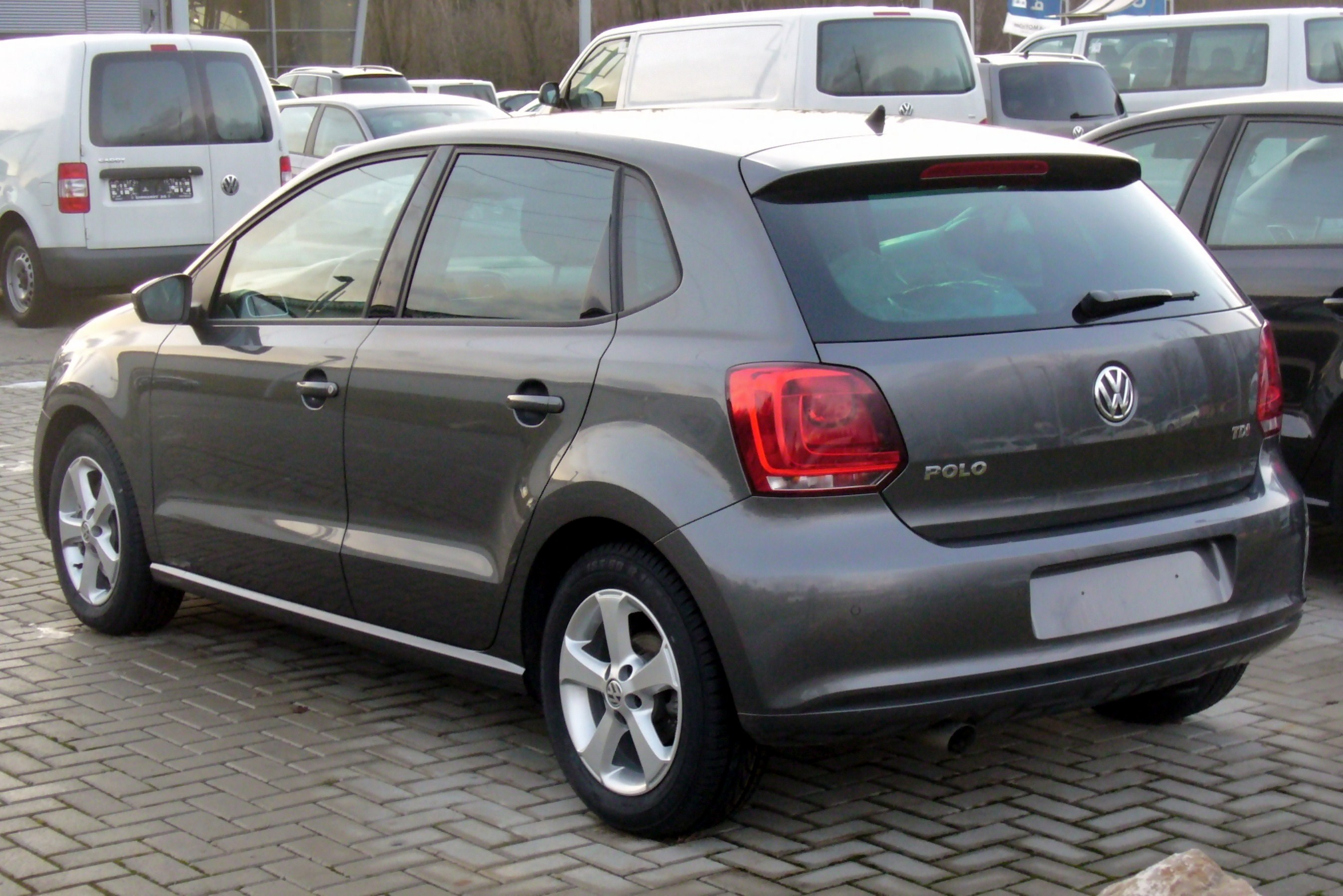 file vw polo v 1 6 tdi highline peppergrey heck jpg wikimedia commons. Black Bedroom Furniture Sets. Home Design Ideas