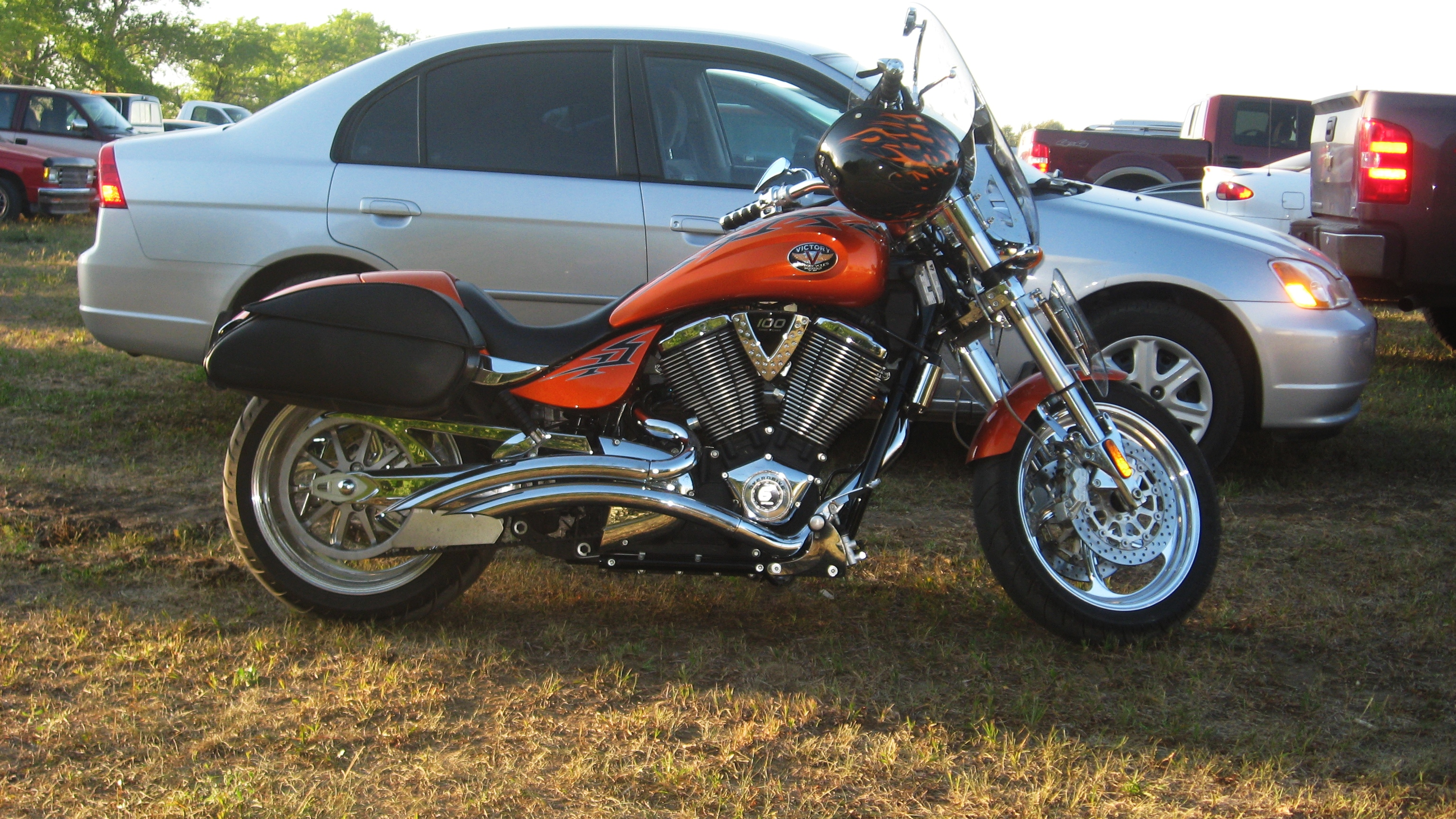 Suzuki Intruder Owners Manual