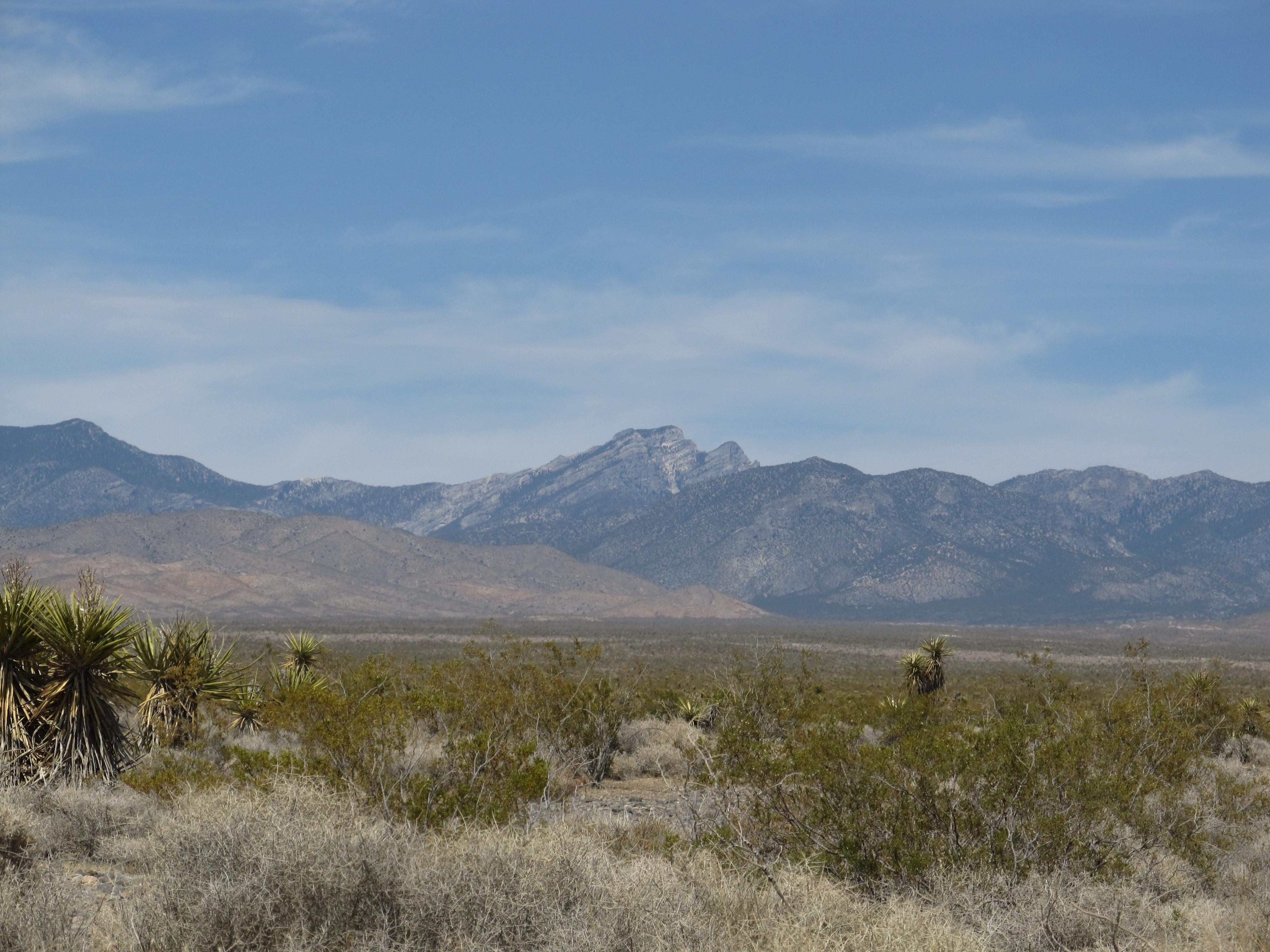 Pahrump To Las Vegas >> File:View of Spring Mountains, Pahrump, Nevada (9368635196).jpg - Wikimedia Commons