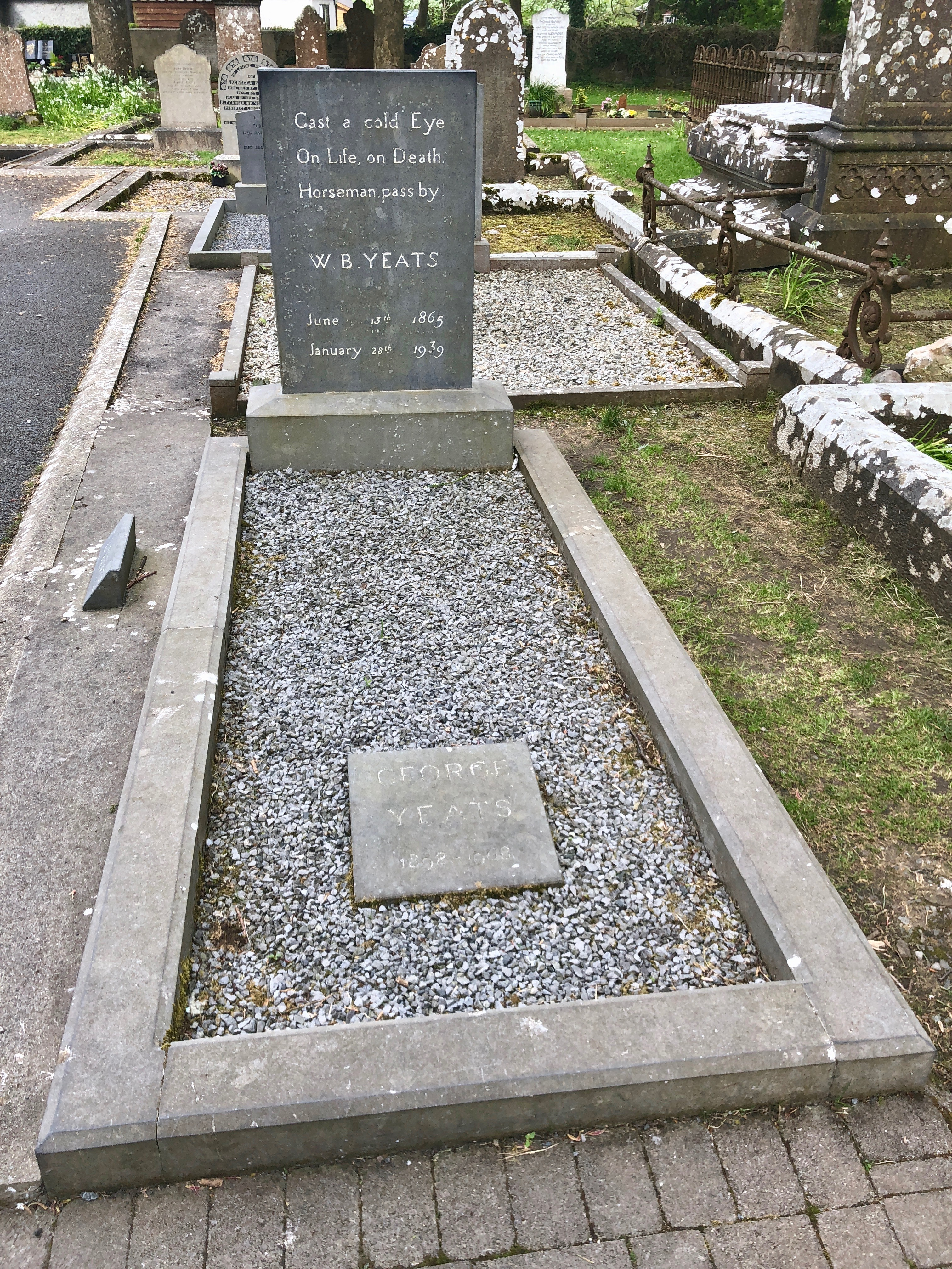 W.B._Yeats_Grave_%22cast_a_cold_eye_on_life%2C_on_death%2C_horseman%2C_pass_by.%22_%2840309774980%29.jpg