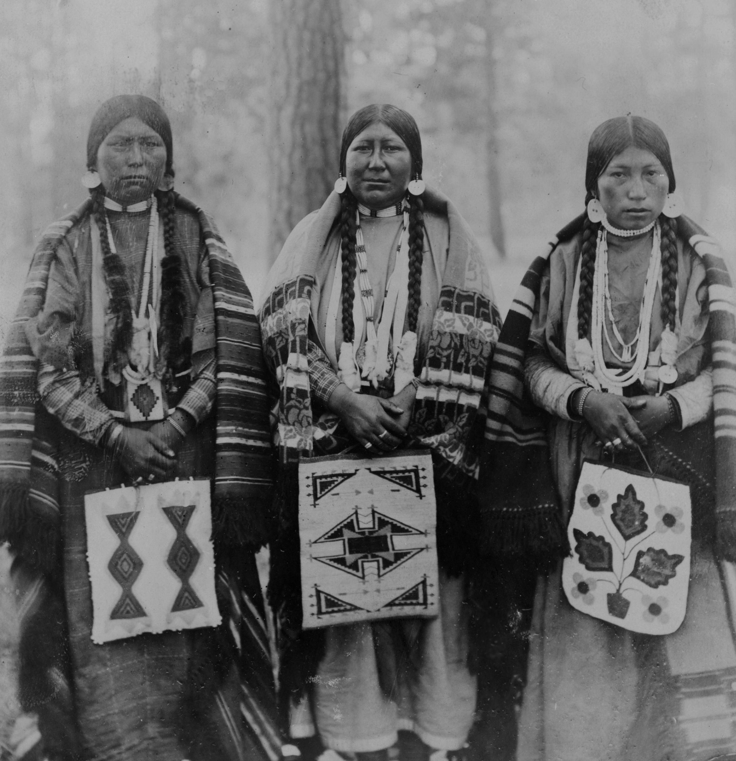 members women native american