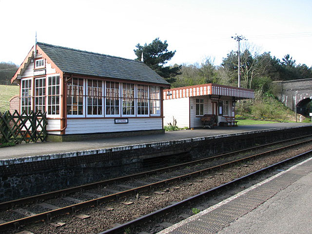 Weybourne Station - Platform 1 - geograph.org.uk - 748999