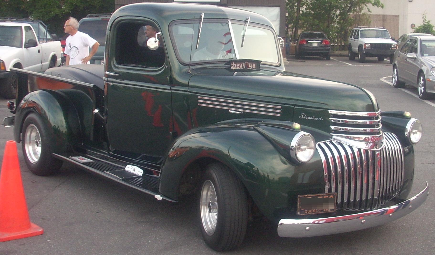File:'46 Chevrolet Streetrod Pickup (Orange Julep '10).jpg ...