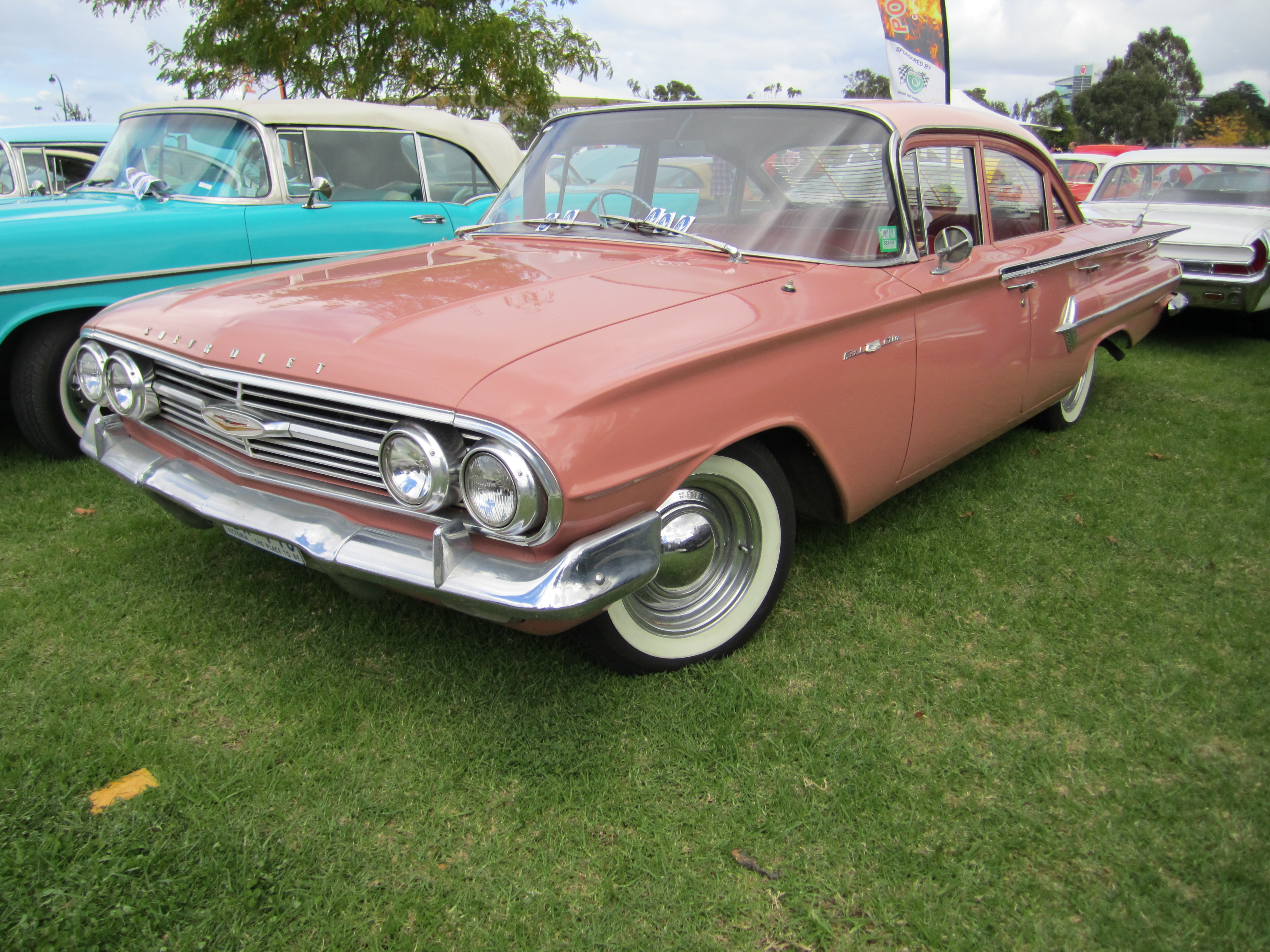 File:1960 Chevrolet Bel Air Sedan.jpg - Wikimedia Commons