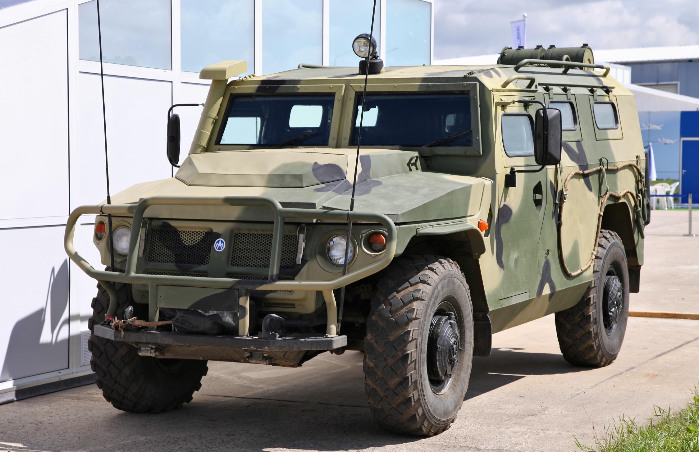 Картинки по запросу бронеавтомобилей специального назначения Тигр-М СпН» с 5 классом защиты.