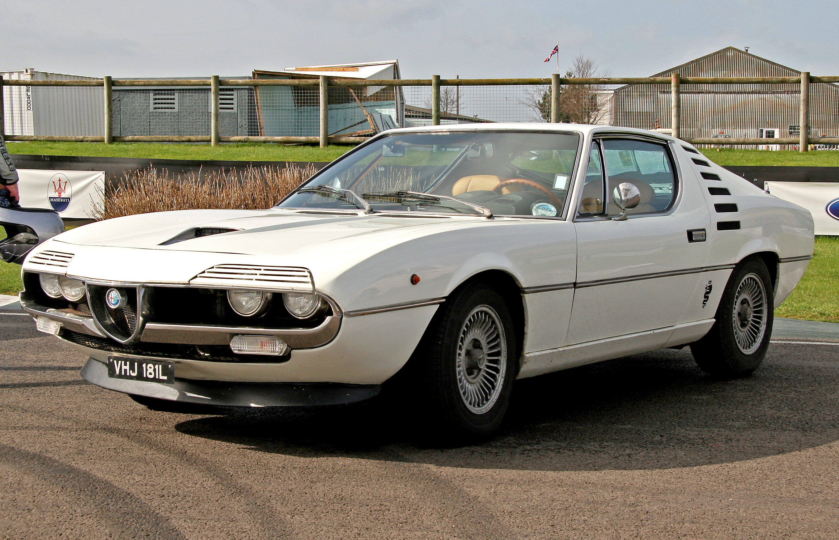 Alfa romeo montreal rhd for sale uk